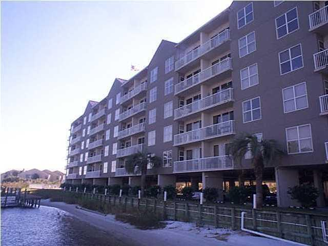 Photo of home for sale at 321 Bream, Fort Walton Beach FL