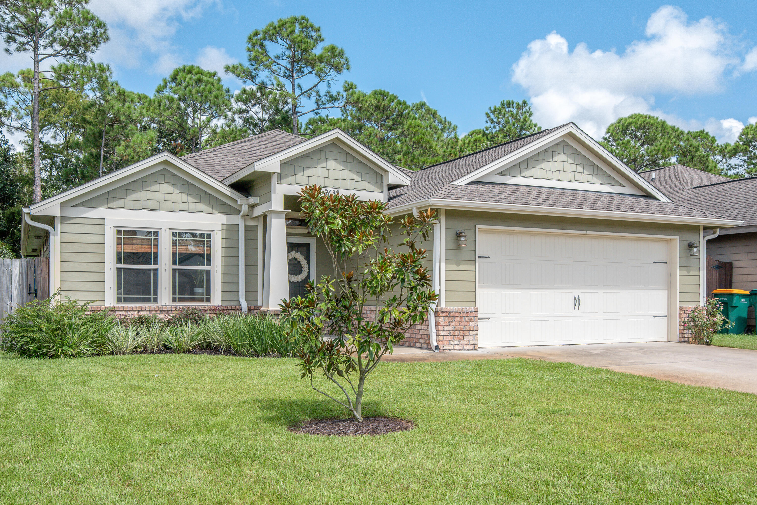 Photo of home for sale at 2638 Hartman, Navarre FL