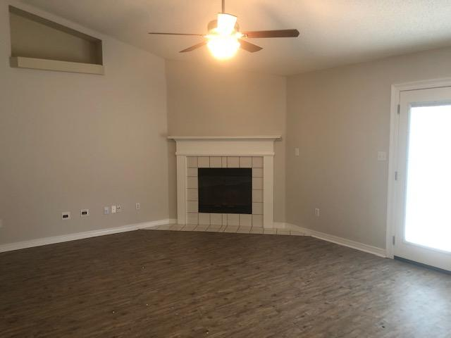 Photo of home for sale at 2625 Barefoot Creek, Navarre FL