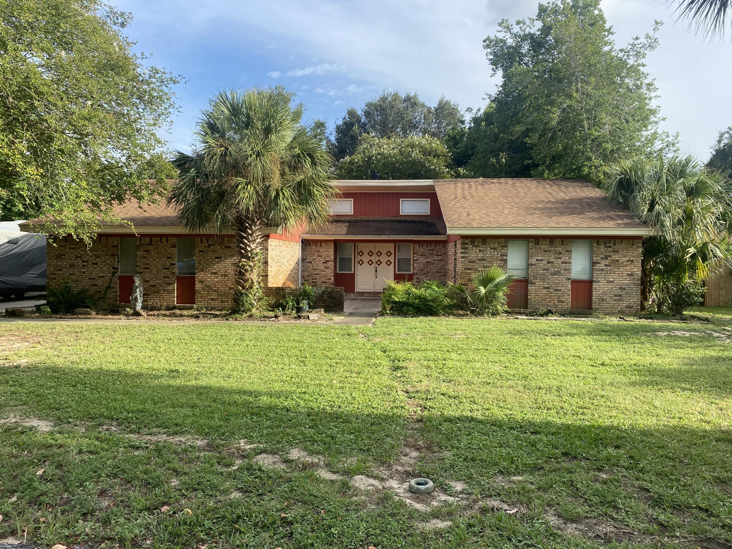 Photo of home for sale at 3363 El Prado, Gulf Breeze FL