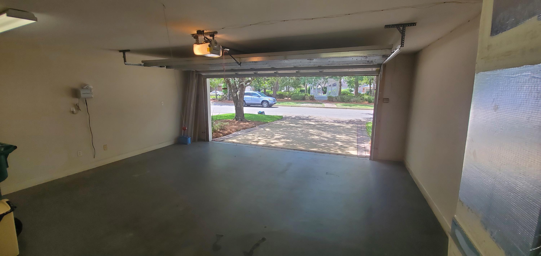 Photo of home for sale at 1473 Oakmont, Niceville FL