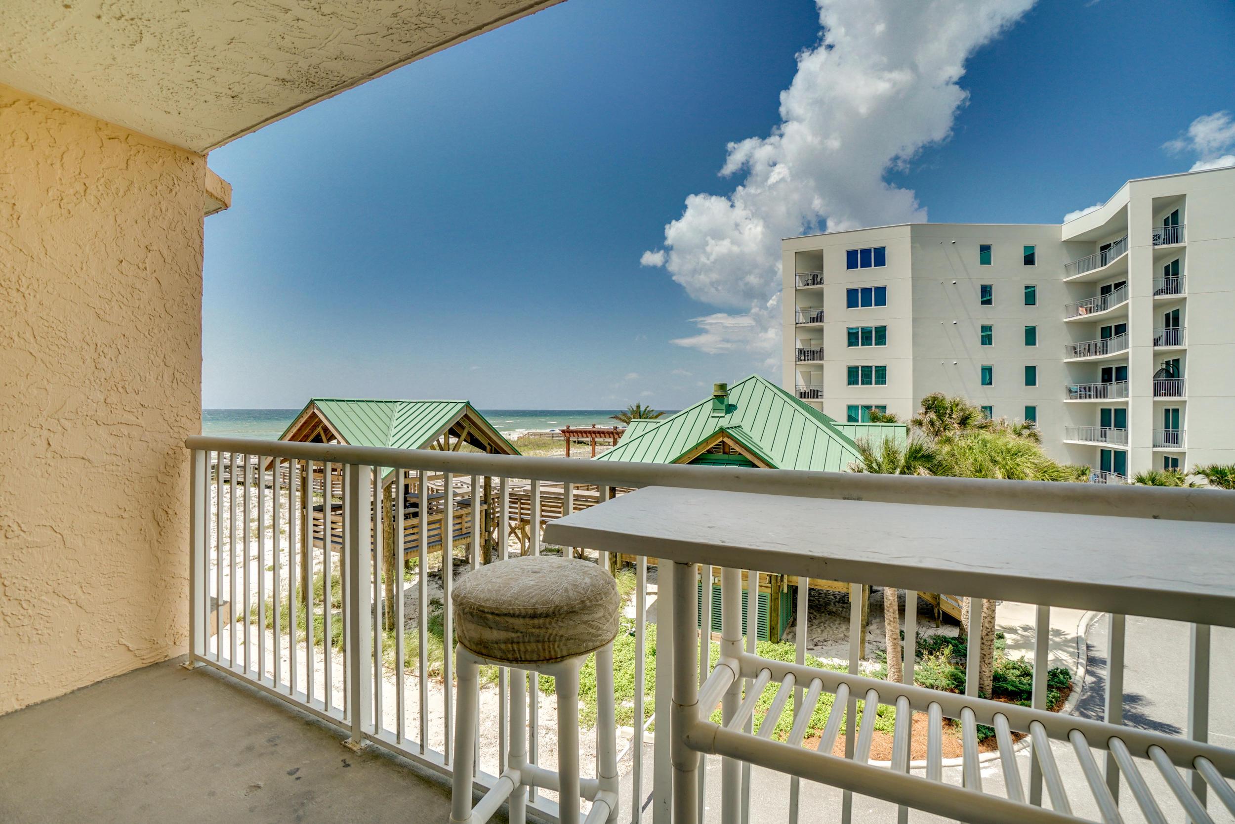 Photo of home for sale at 790 Santa Rosa, Fort Walton Beach FL