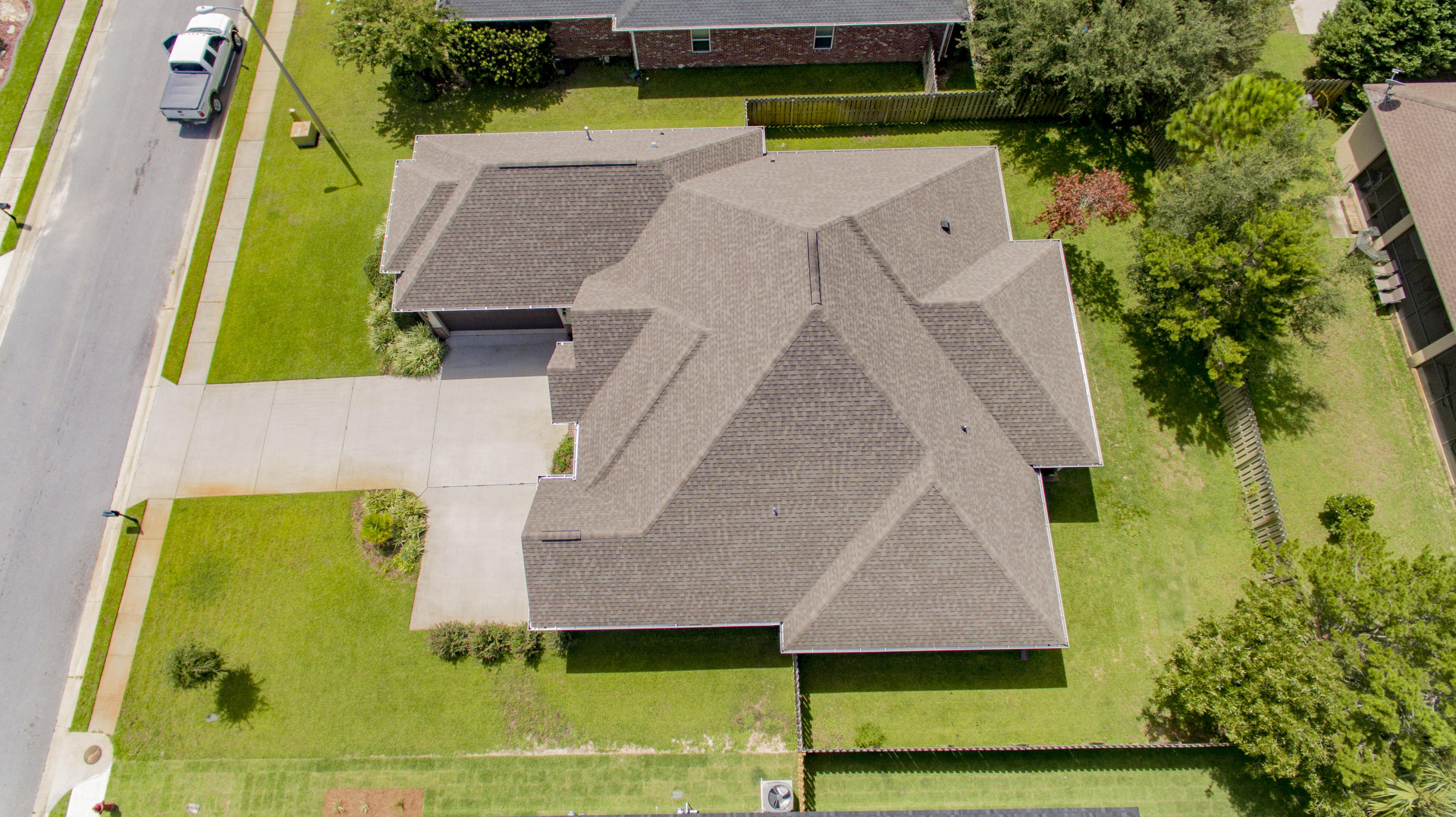Photo of home for sale at 1975 Tampa, Navarre FL