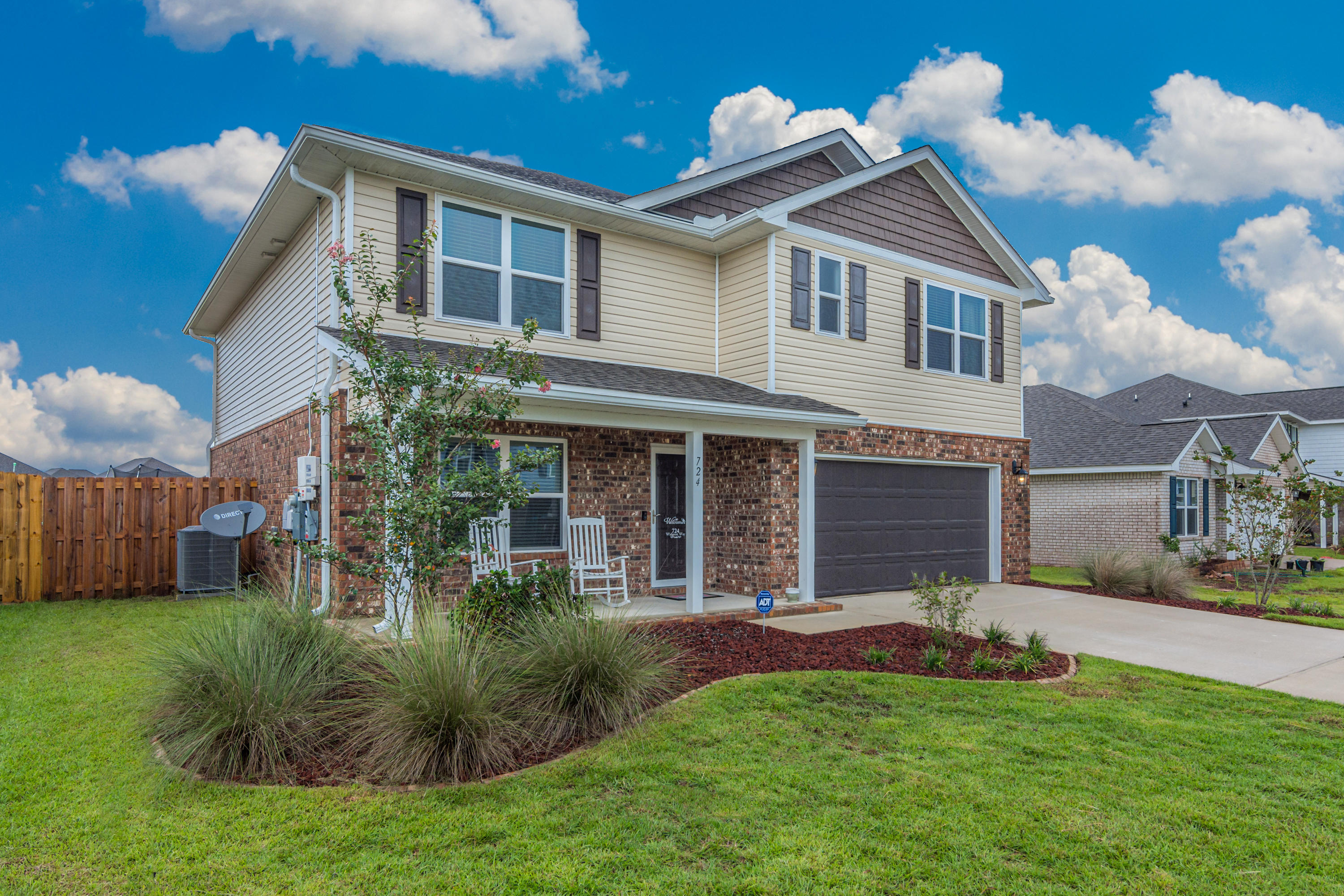 Photo of home for sale at 724 Widgeon, Crestview FL