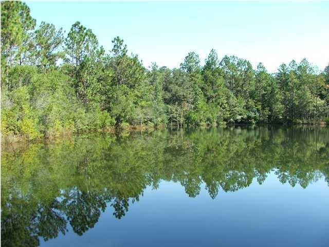Photo of home for sale at 11 AC James Kennedy, Crestview FL