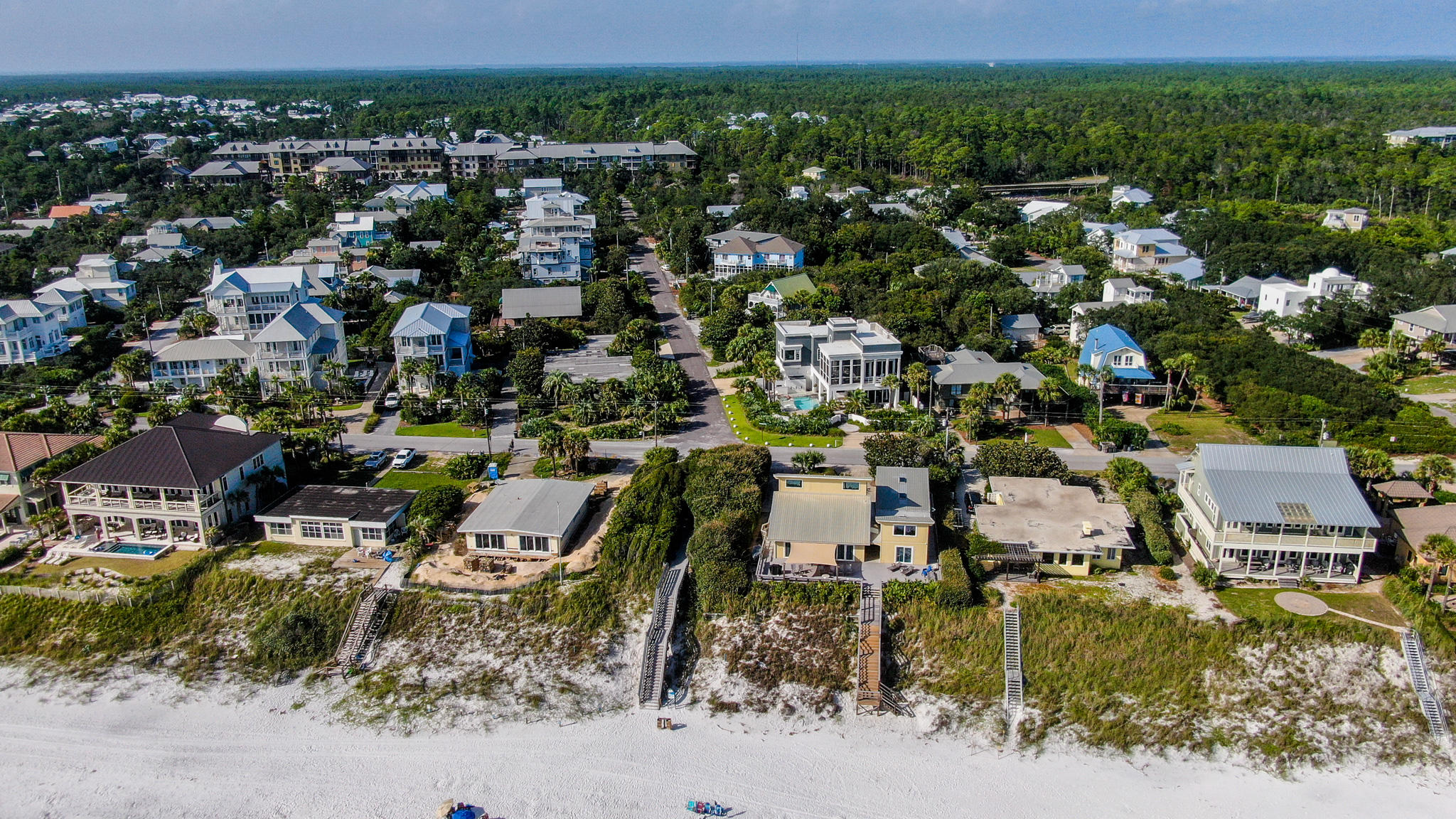Photo of home for sale at 2050 County Hwy 30a, Santa Rosa Beach FL