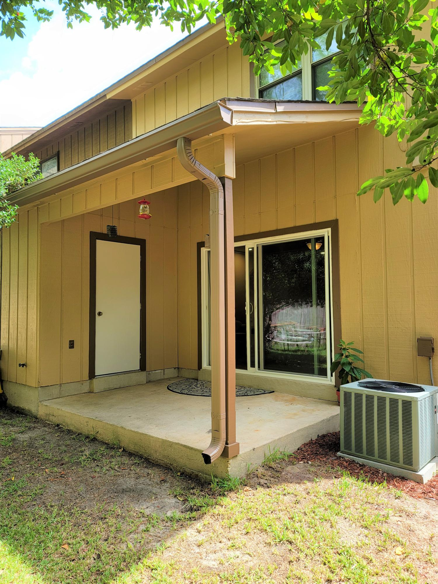 Photo of home for sale at 42 Baywood, Fort Walton Beach FL