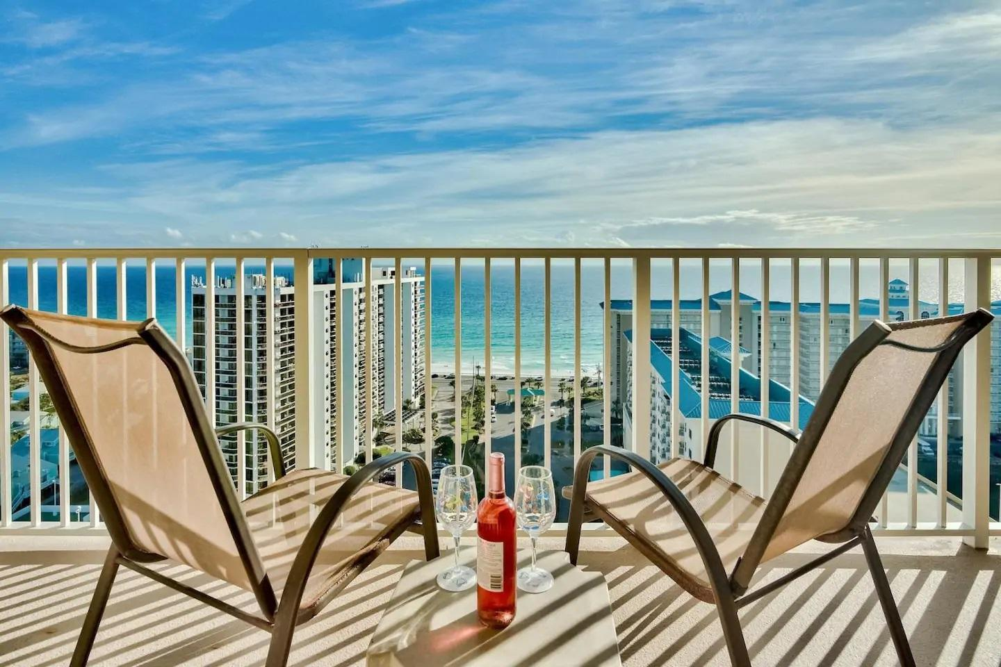 Photo of home for sale at 112 Seascape Drive, Destin FL