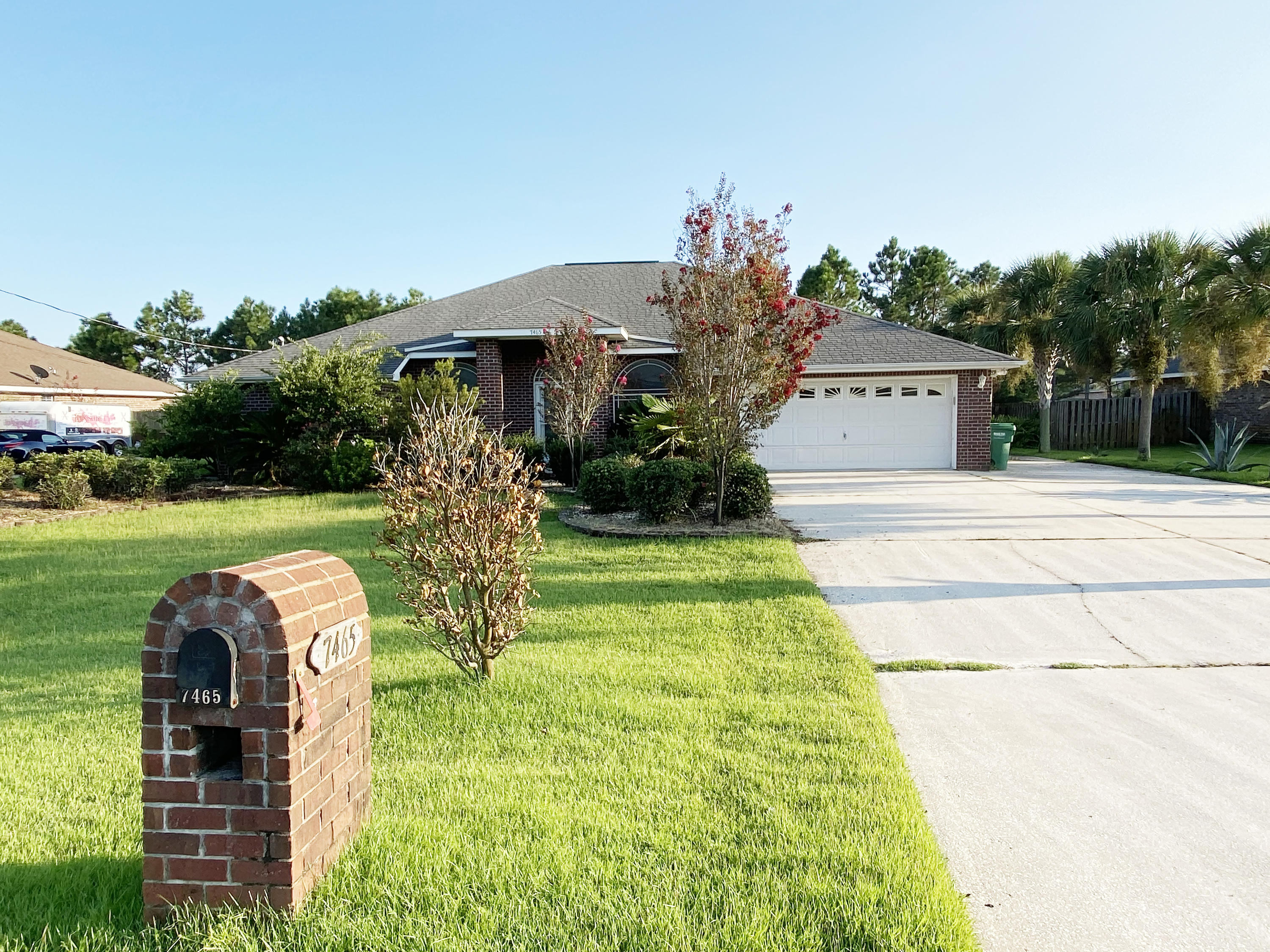 Photo of home for sale at 7465 Frankfort, Navarre FL