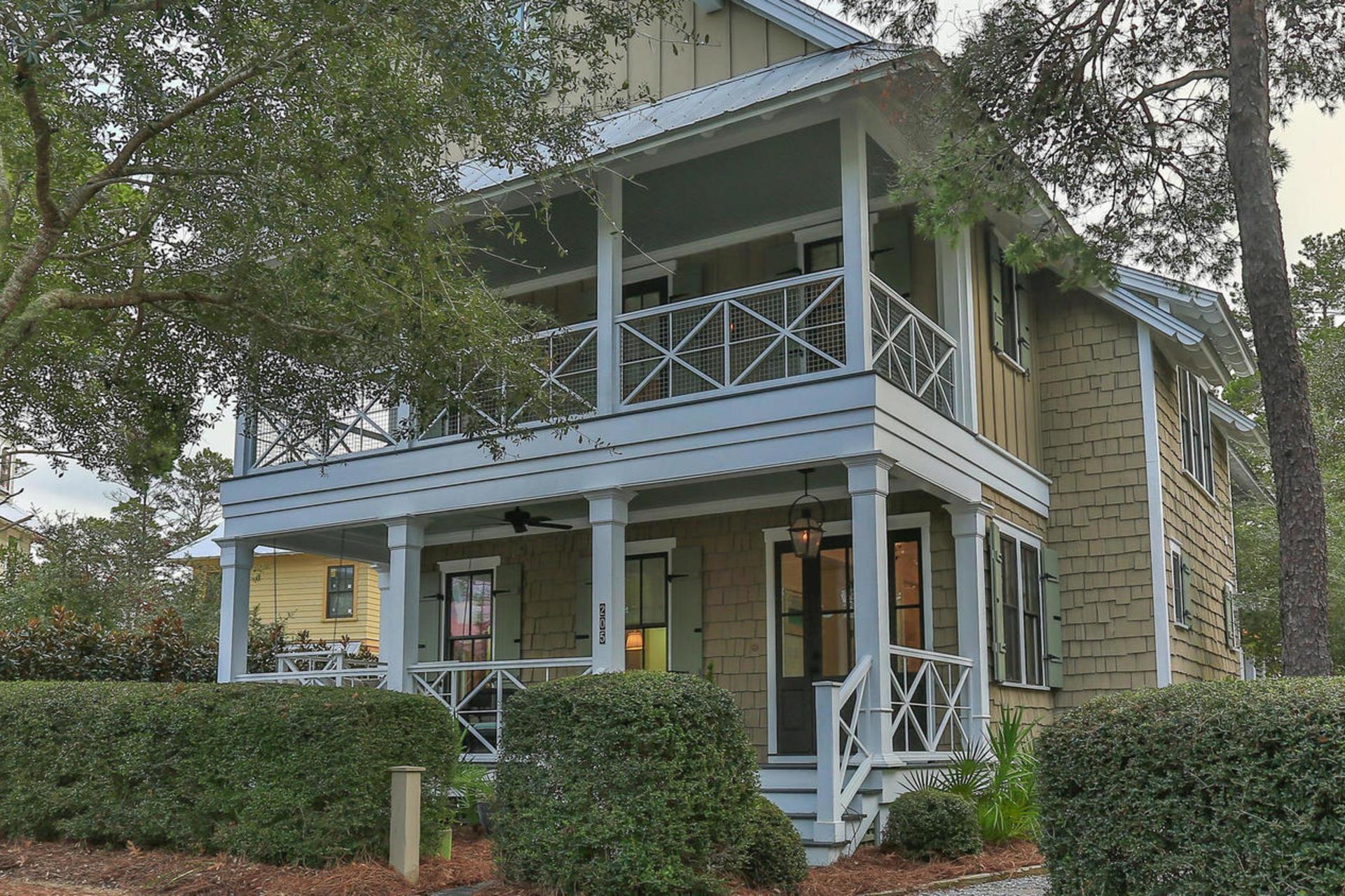 Photo of home for sale at 205 Scrub Oak, Santa Rosa Beach FL