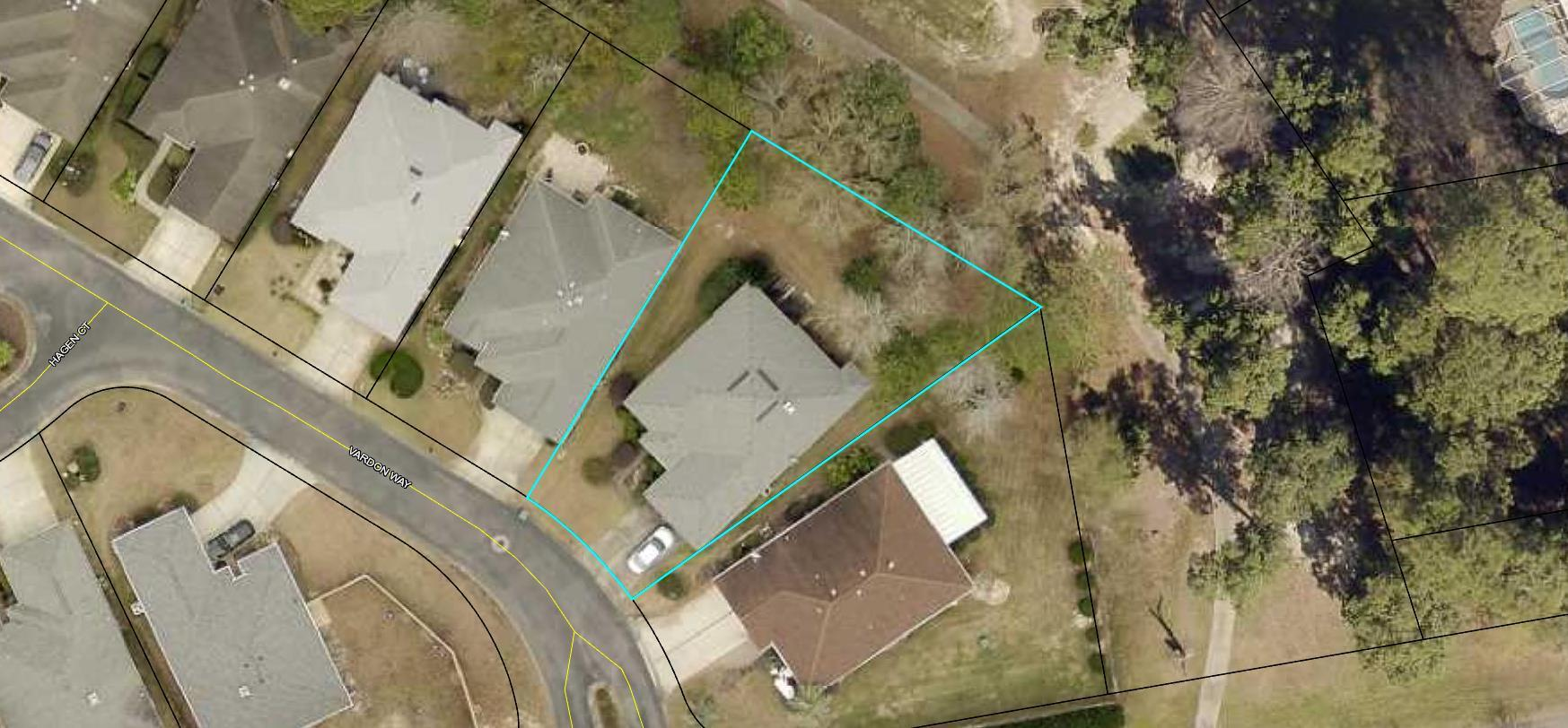 Photo of home for sale at 4399 Vardon, Niceville FL