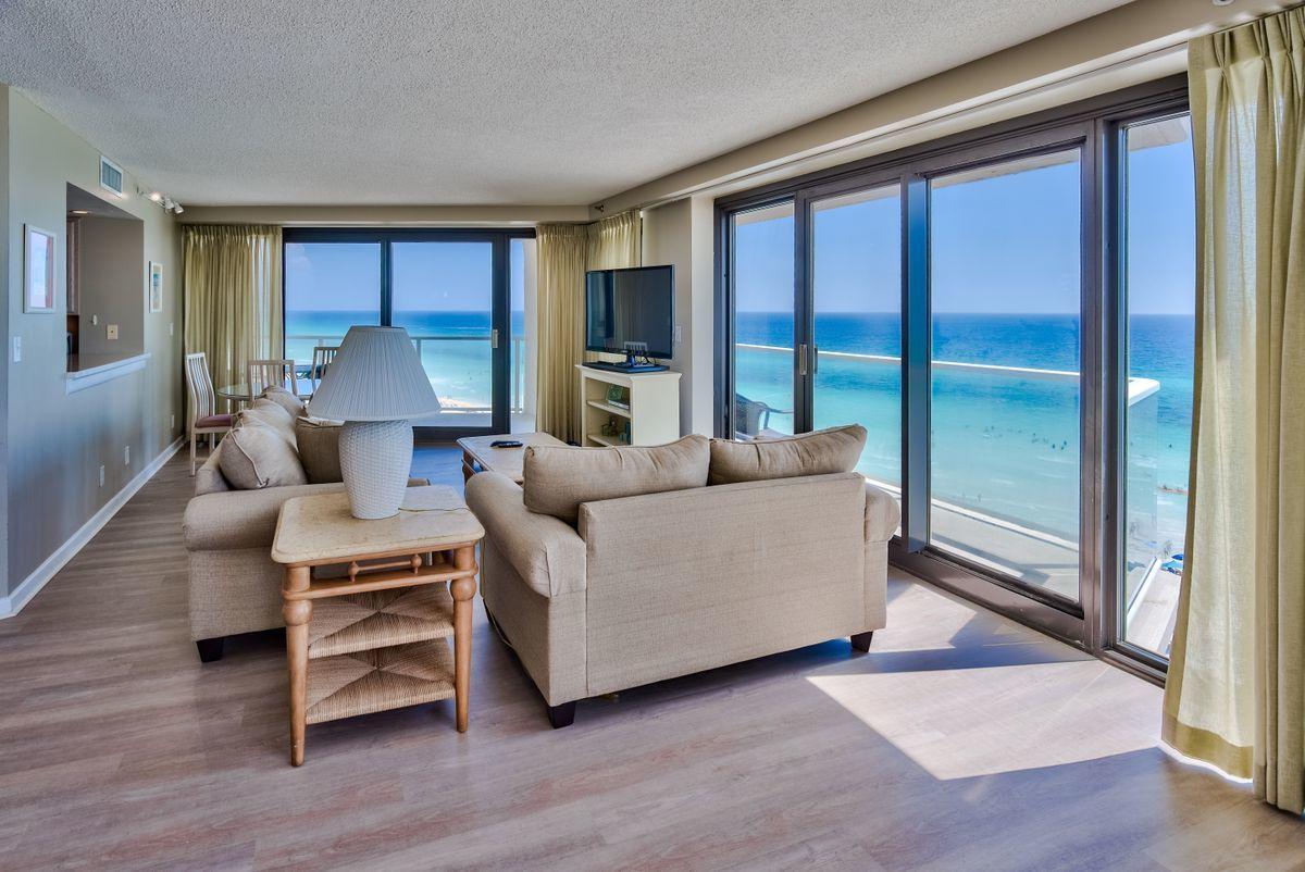 A 3 Bedroom 2 Bedroom Beachside Two Condominium