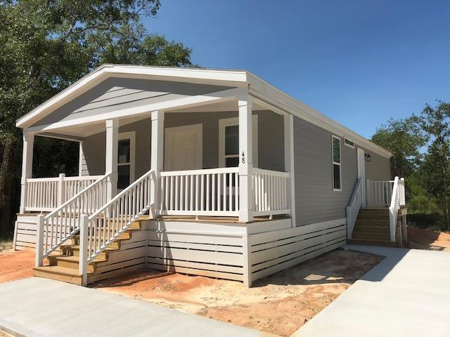 Photo of home for sale at 48 Bradford, Freeport FL