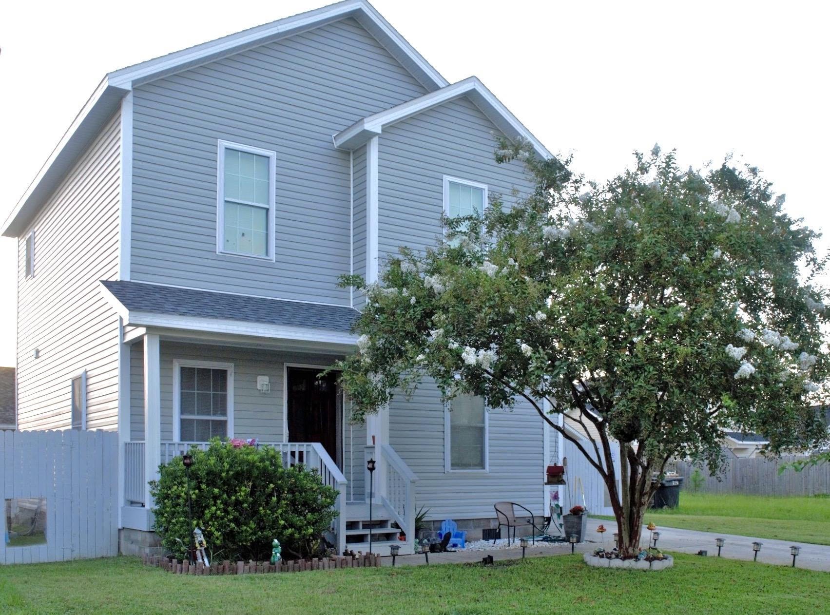 Photo of home for sale at 2639 Avondale, Panama City FL