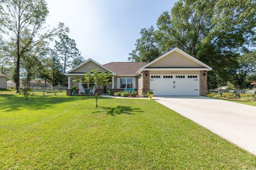 Photo of home for sale at 3362 Mclain, Crestview FL