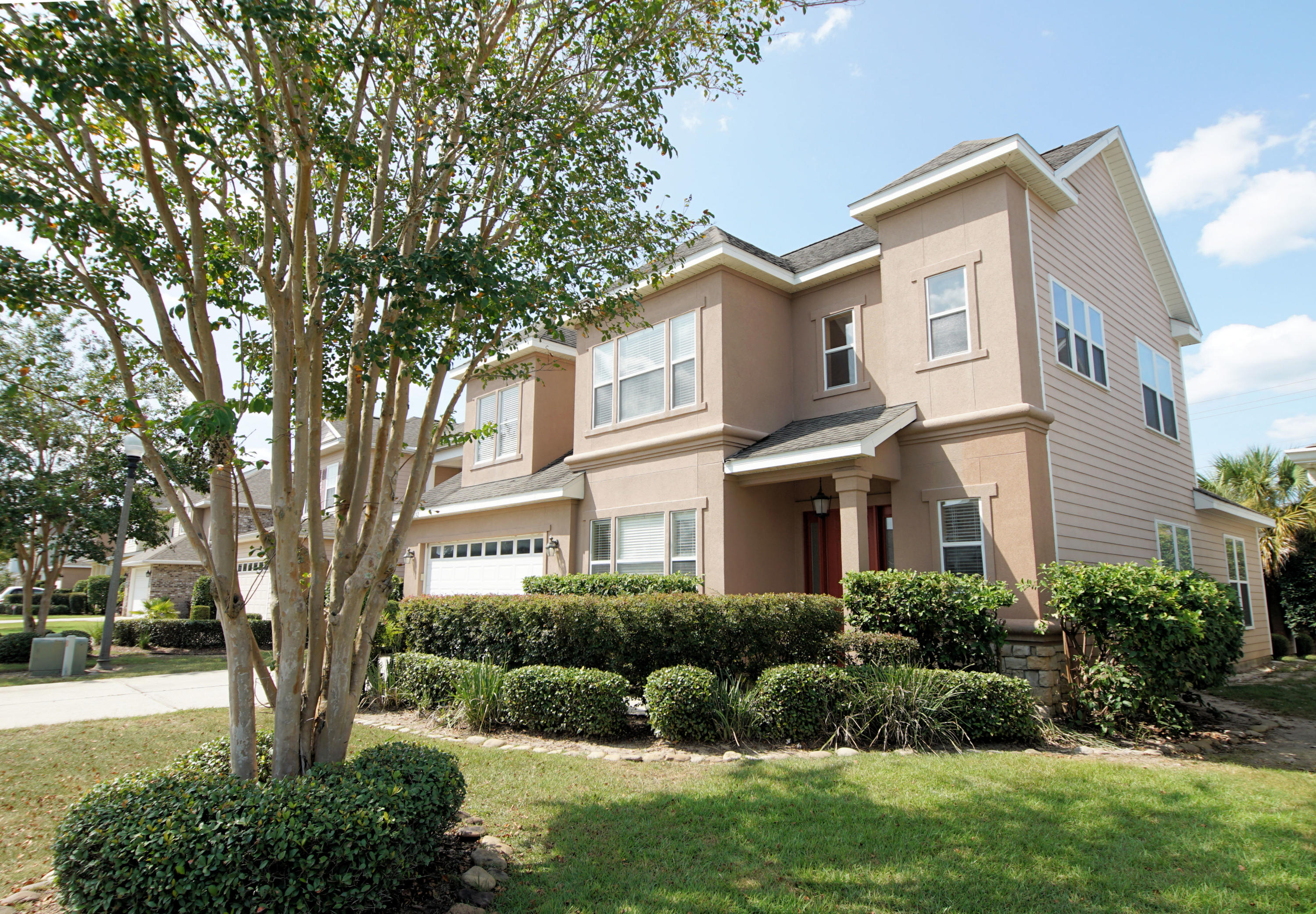 Photo of home for sale at 1592 Venice, Fort Walton Beach FL