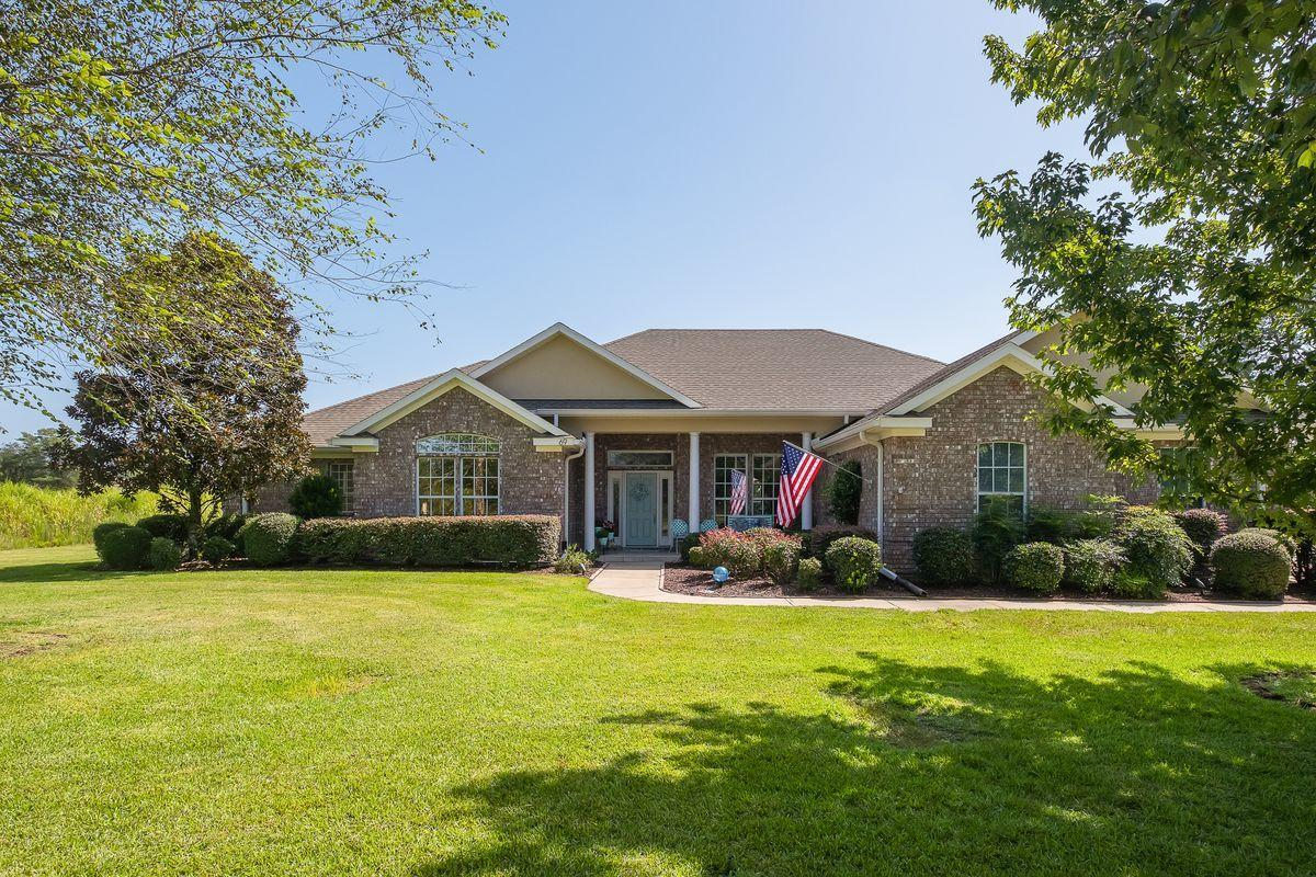 Photo of home for sale at 69 Fairway, Freeport FL