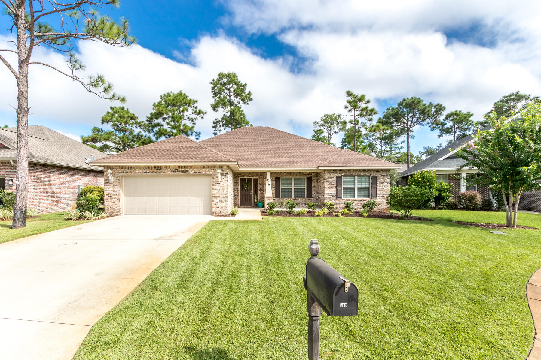 Photo of home for sale at 209 Forest Park, Santa Rosa Beach FL