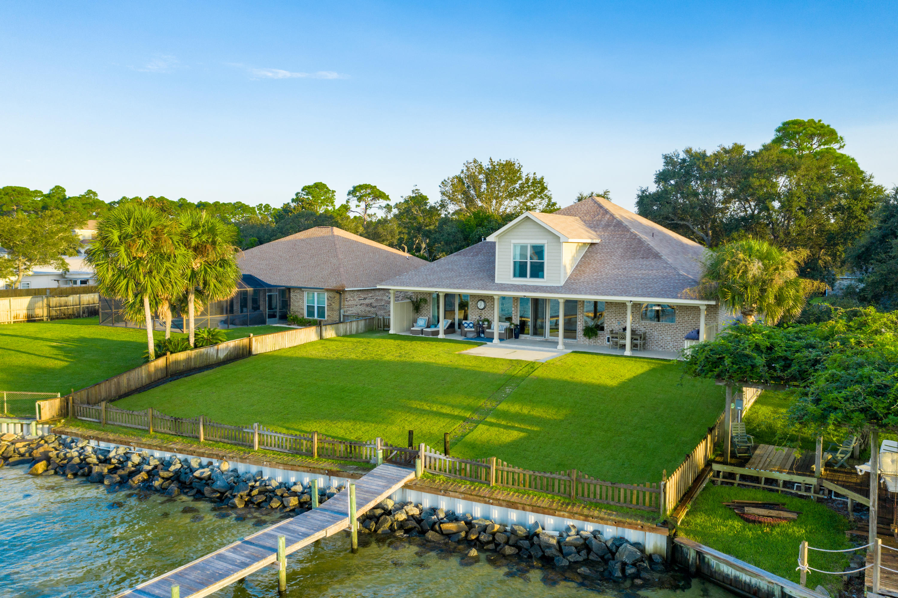 Photo of home for sale at 2021 Jessica, Navarre FL