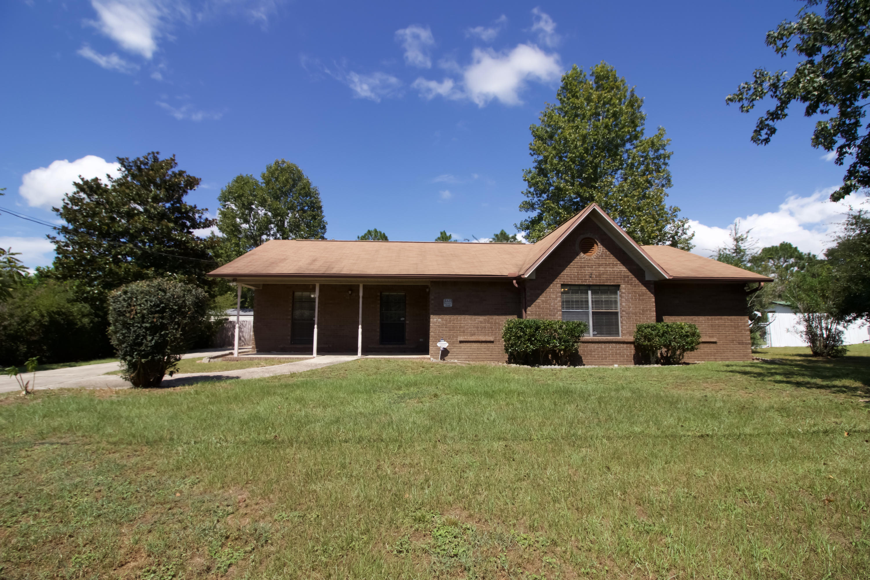 Photo of home for sale at 3331 Broadview, Crestview FL