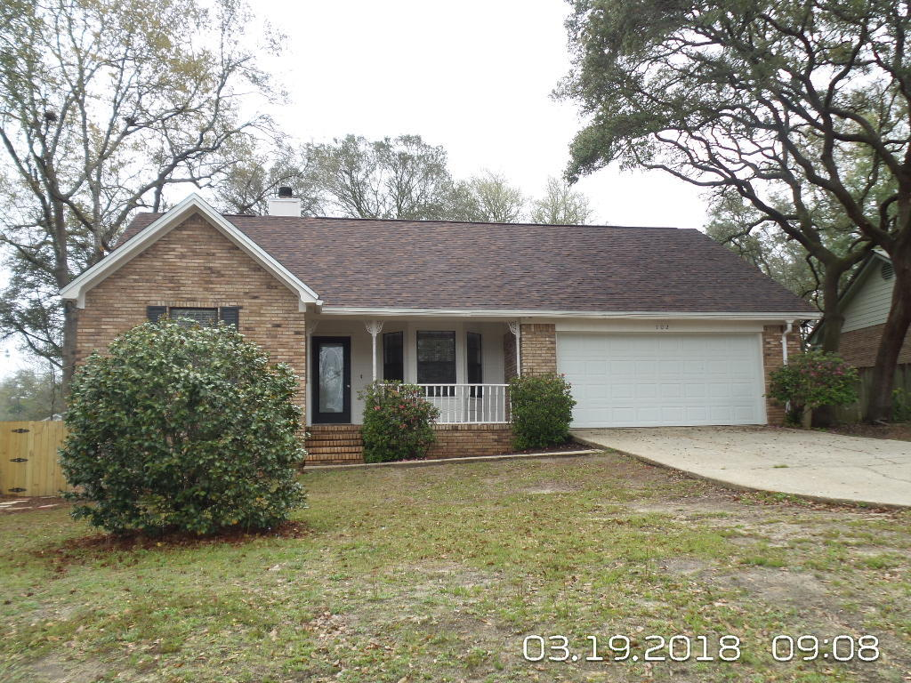 Photo of home for sale at 102 Brian, Crestview FL