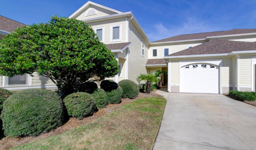 Photo of home for sale at 2412 Saint Andrews, Panama City FL