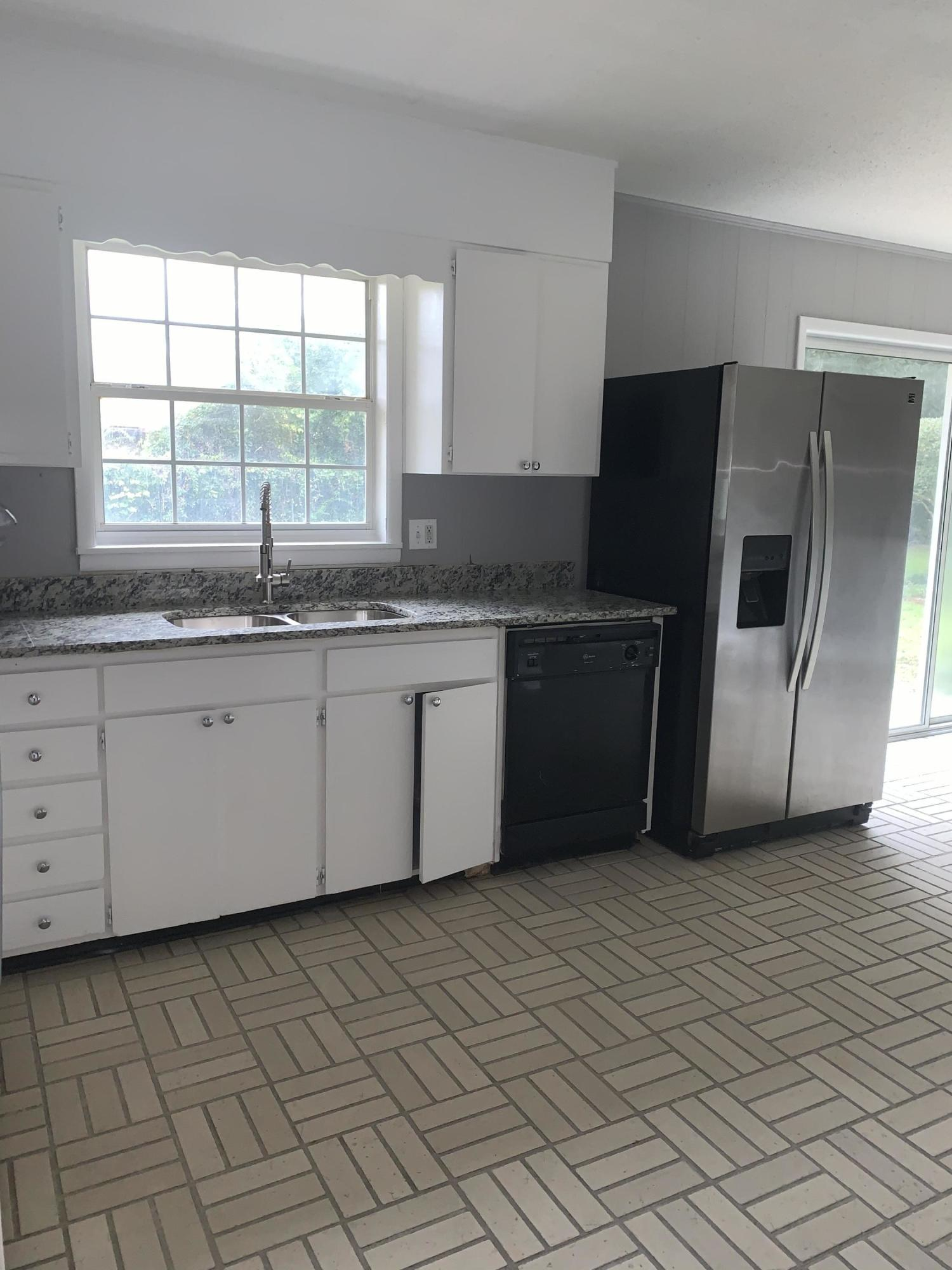 Photo of home for sale at 315 Sudduth, Fort Walton Beach FL