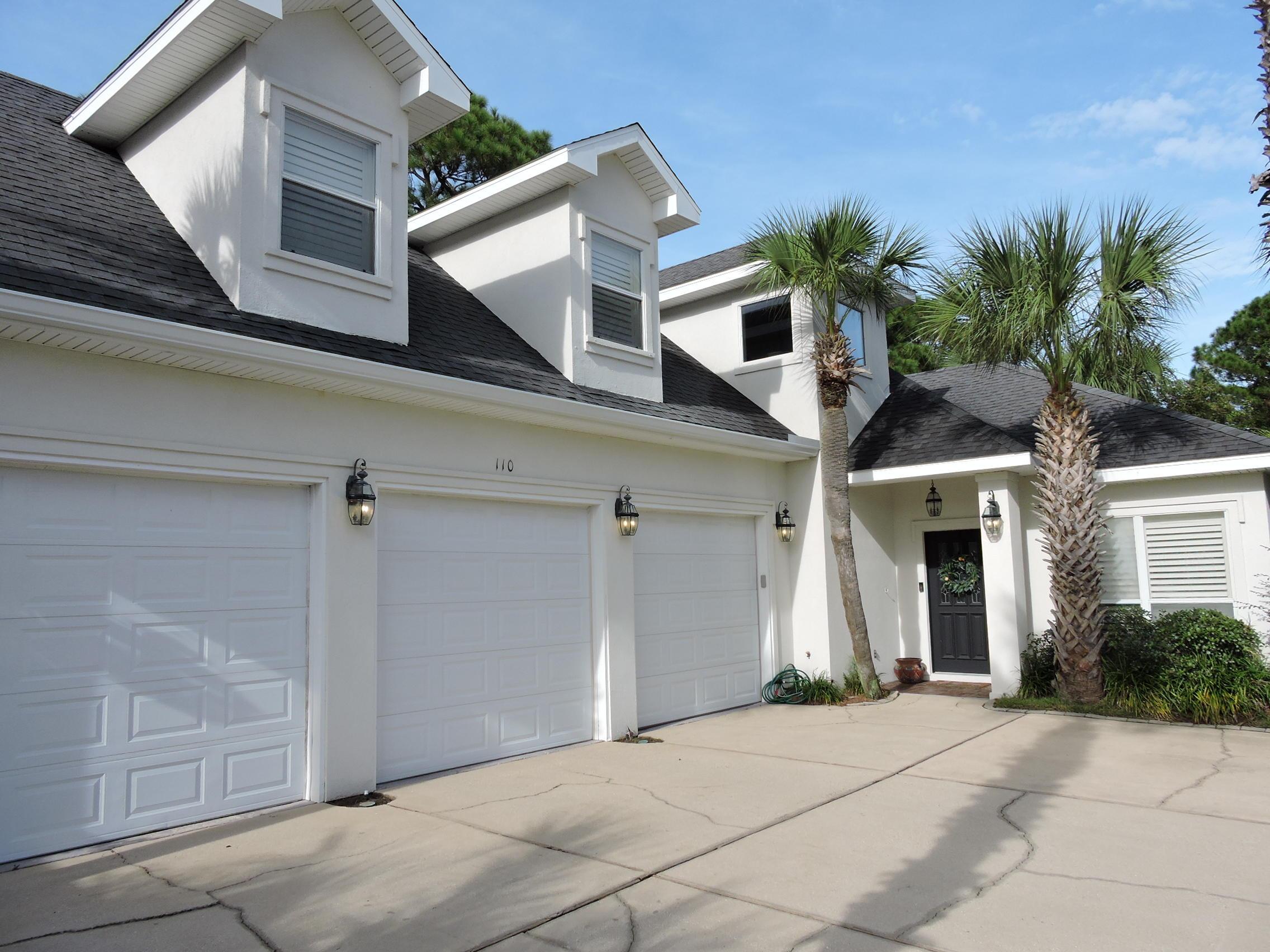 Photo of home for sale at 110 Legion Park, Miramar Beach FL