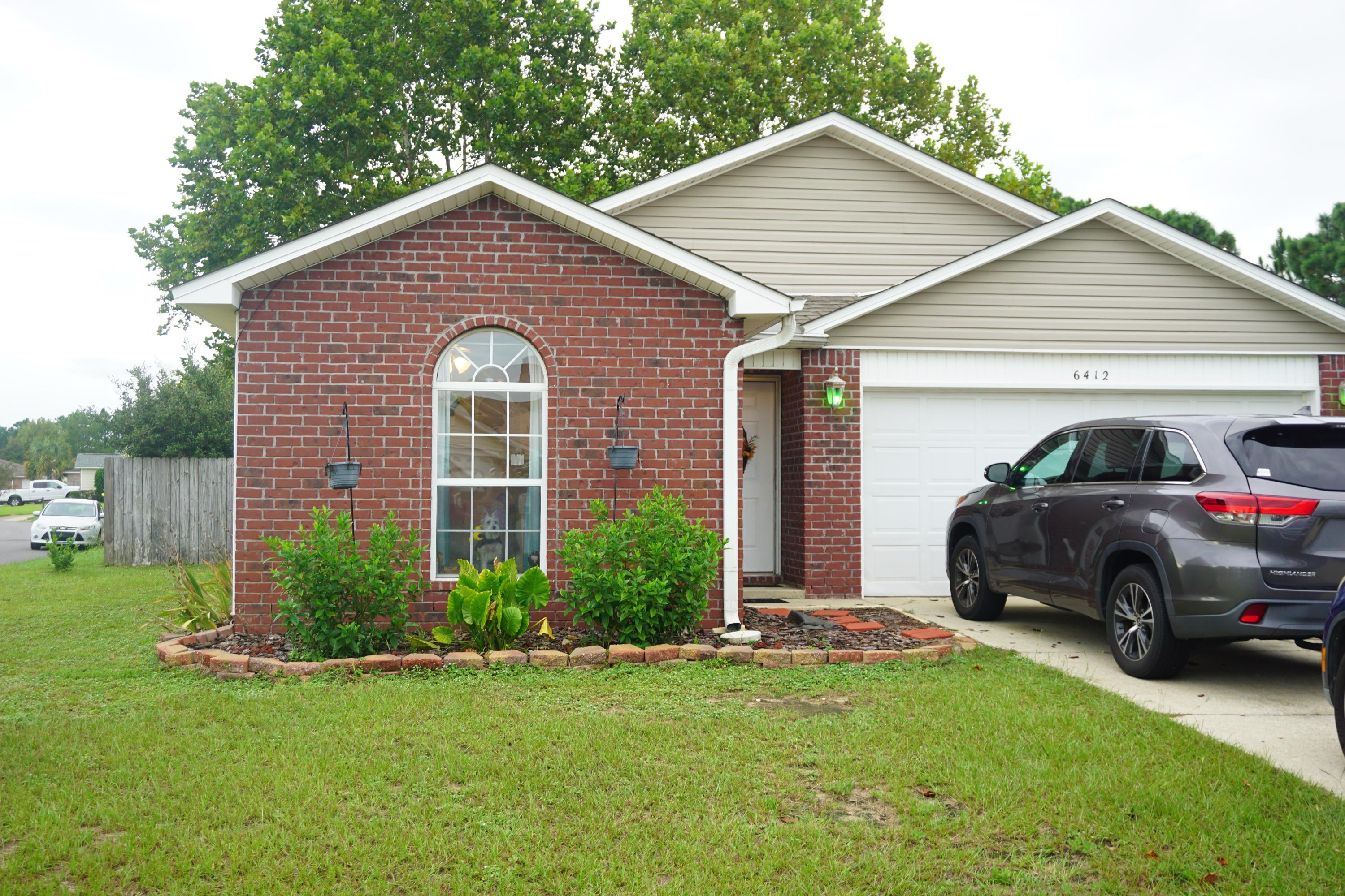 Photo of home for sale at 6412 Red Heron, Gulf Breeze FL
