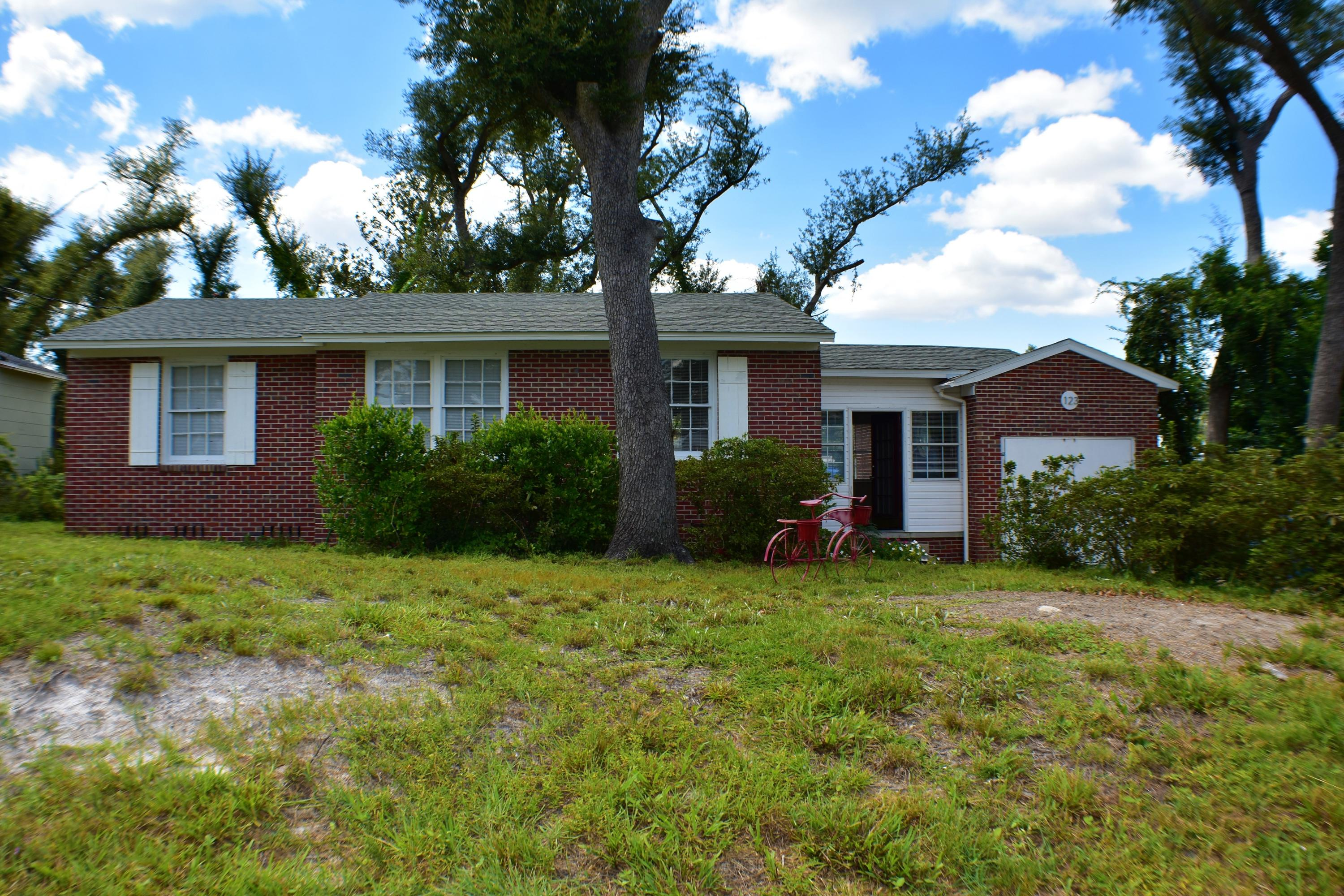 Photo of home for sale at 123 Claire, Panama City FL