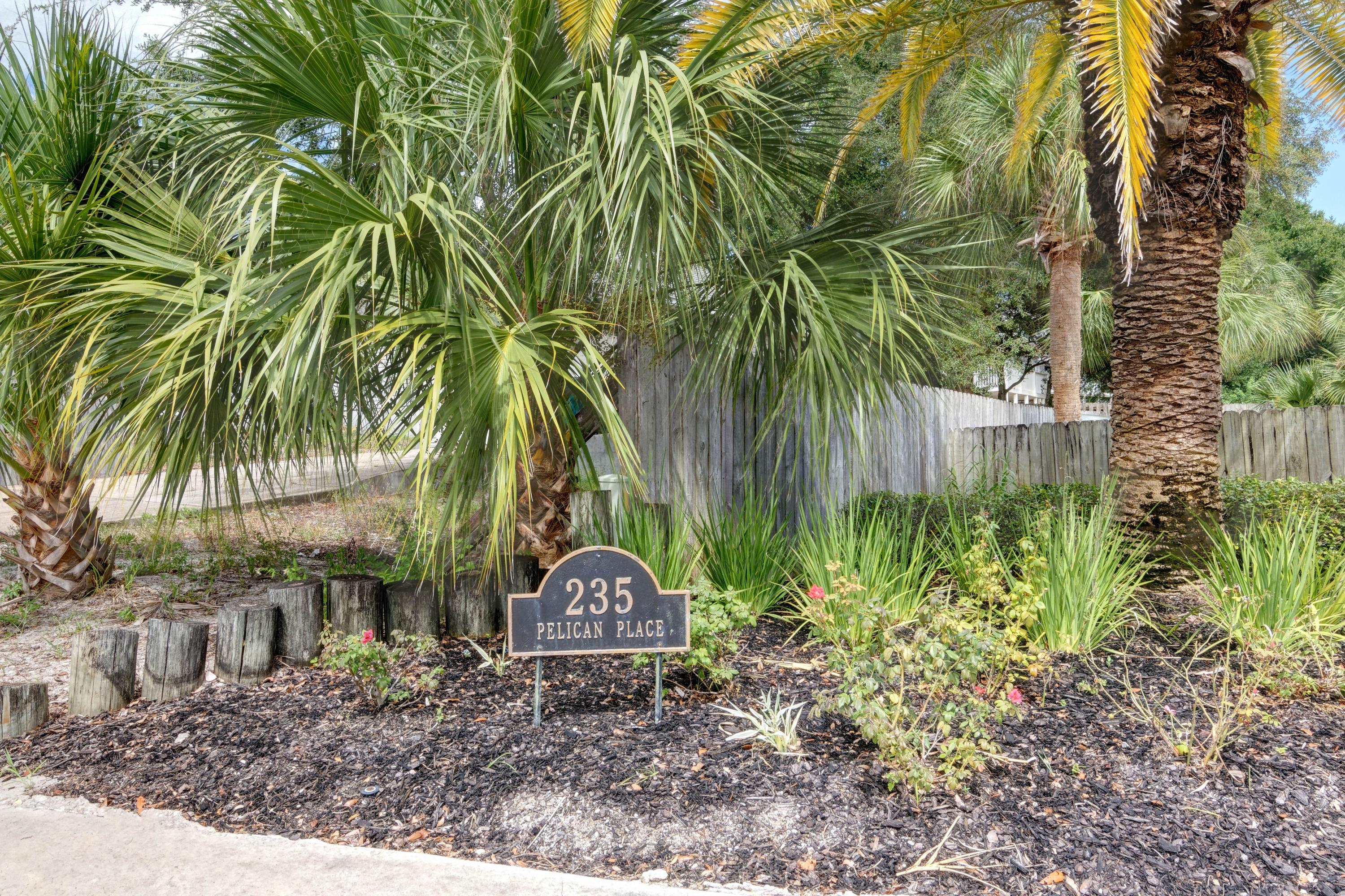 Photo of home for sale at 235 Pelican, Destin FL