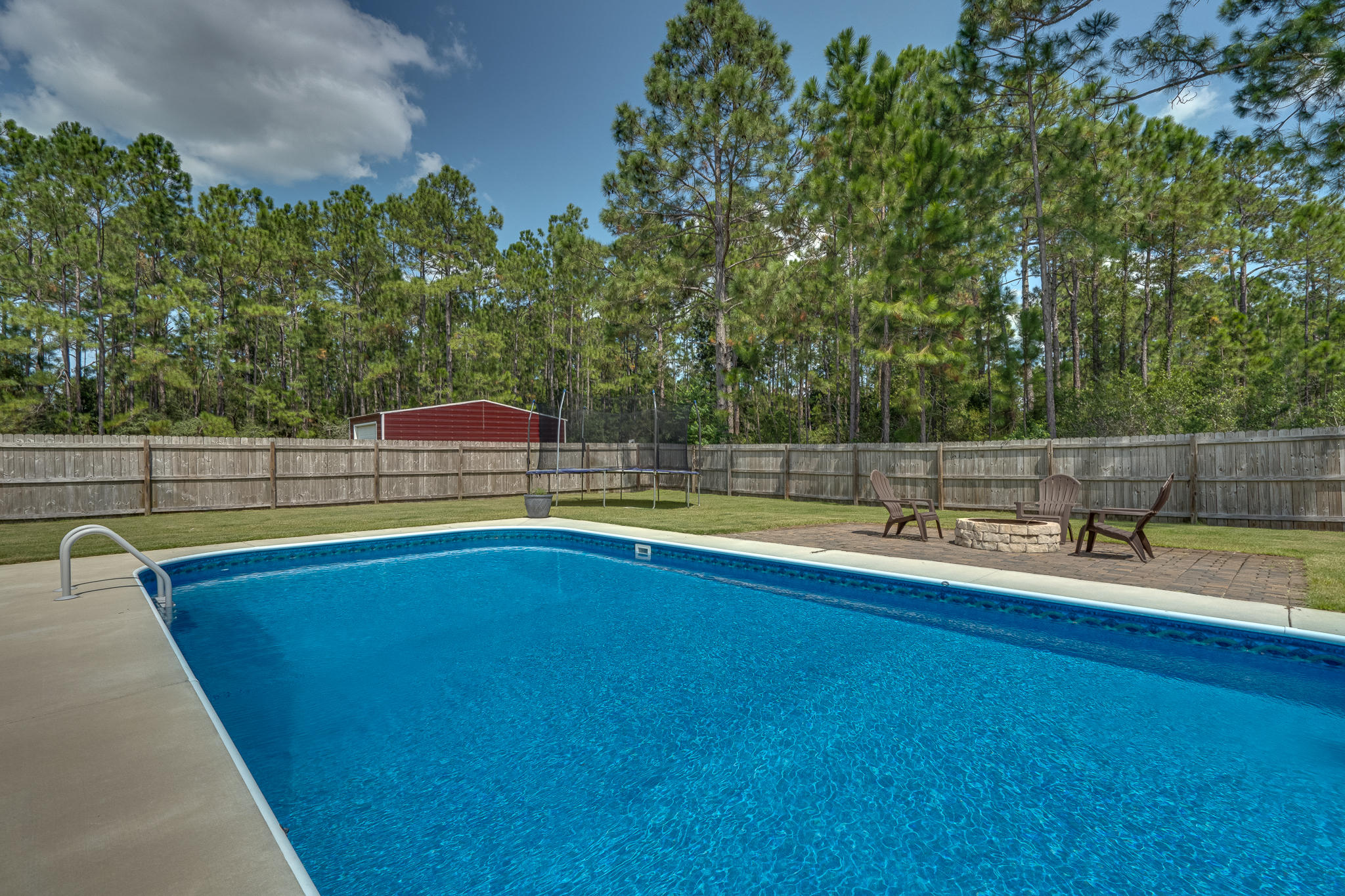 Photo of home for sale at 2380 Tumbleweed, Navarre FL