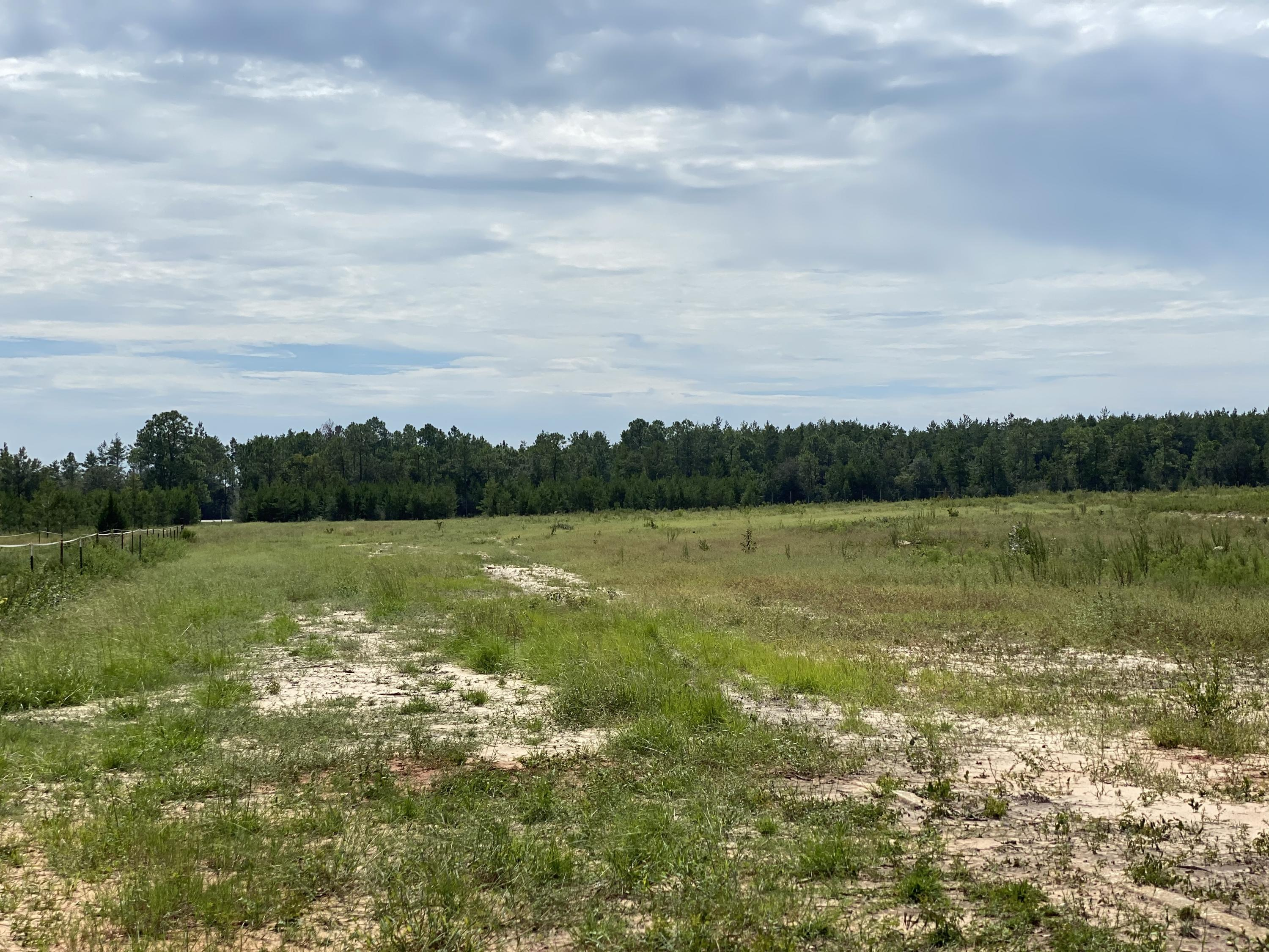 Photo of home for sale at 4.15 AC Outlook, Milton FL