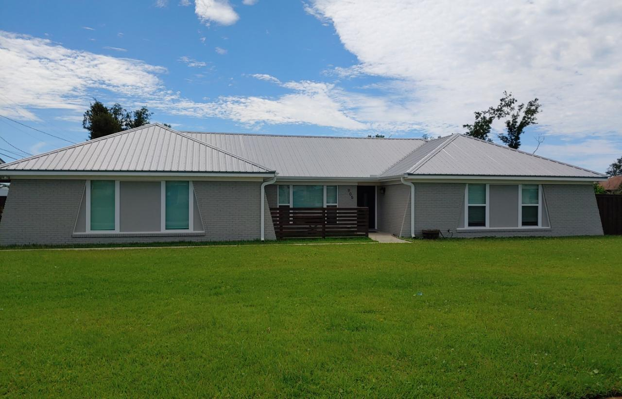 Photo of home for sale at 905 Rosemont, Panama City FL