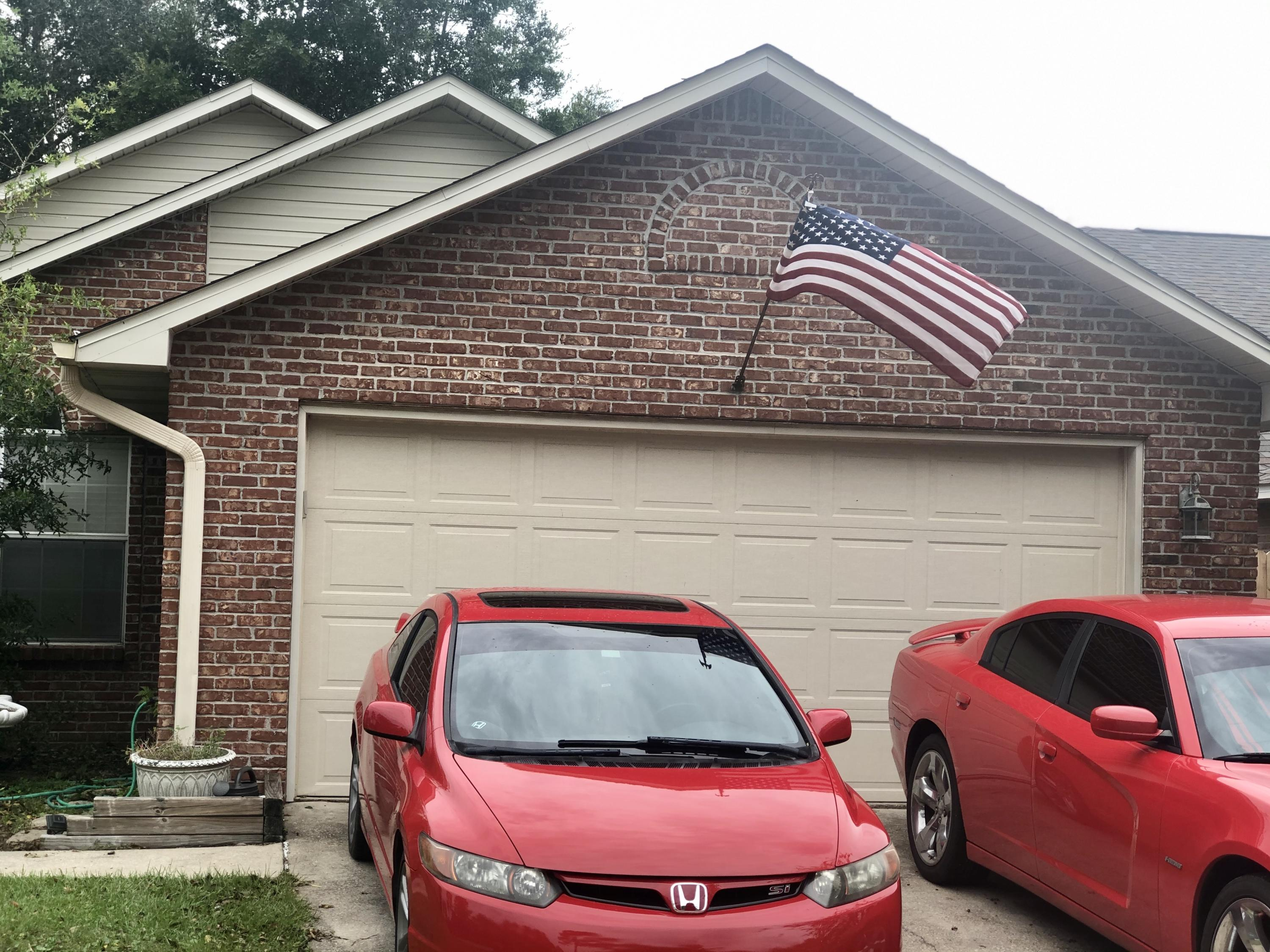 Photo of home for sale at 1733 Ivalea, Navarre FL