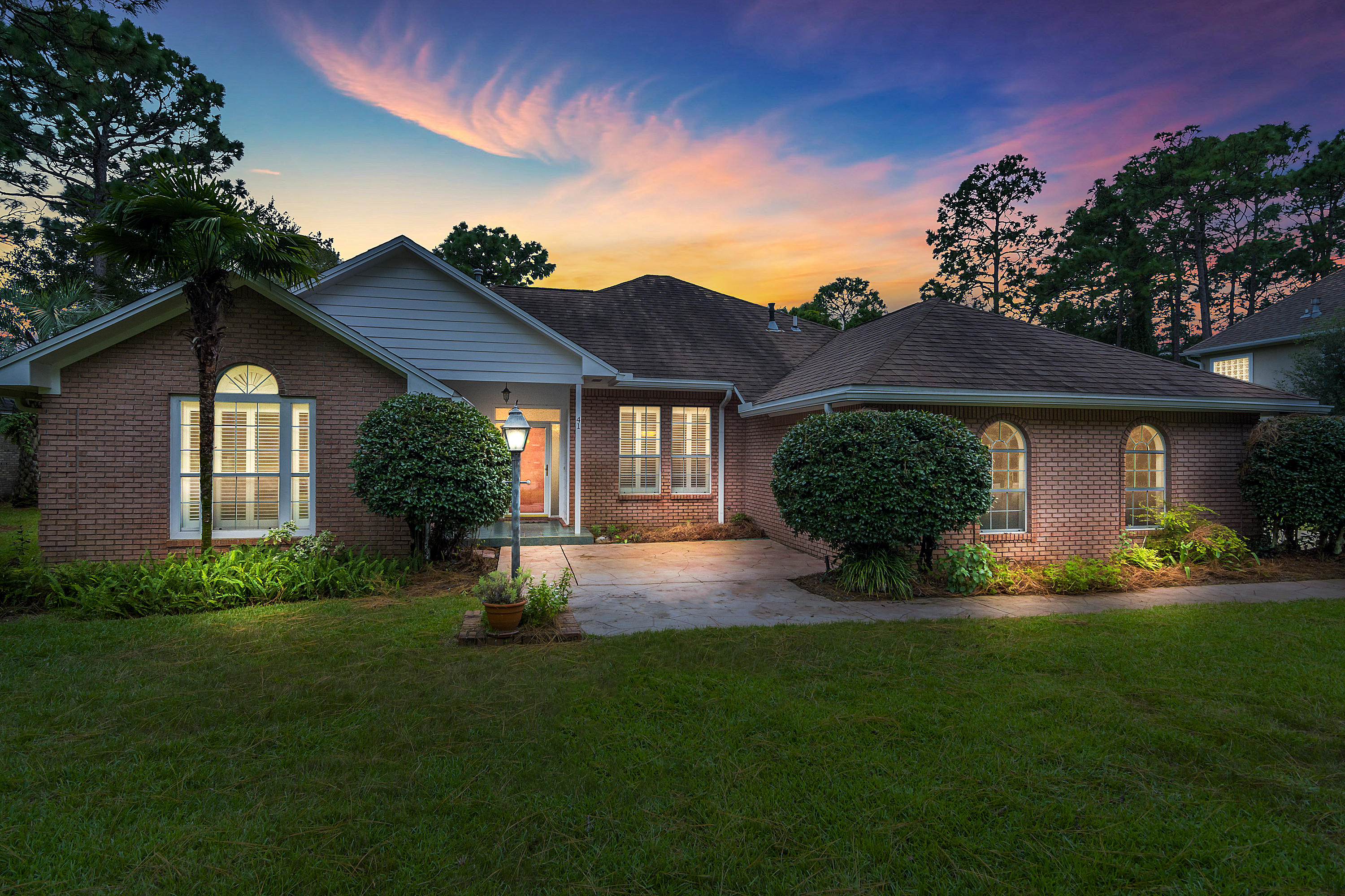 A 3 Bedroom 2 Bedroom Southwind Ph 4 Home