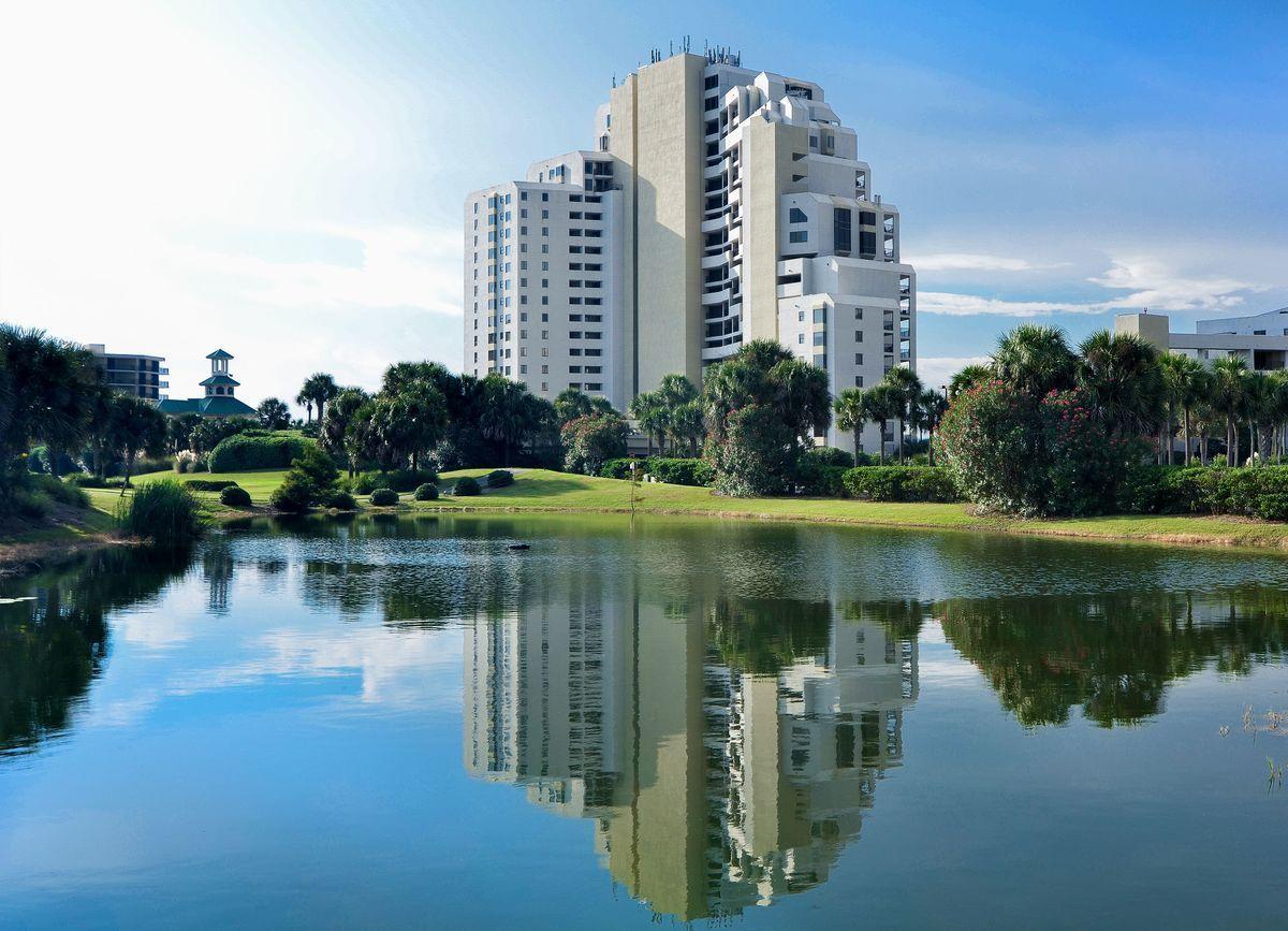 Photo of home for sale at 4235 Beachside 2, Miramar Beach FL