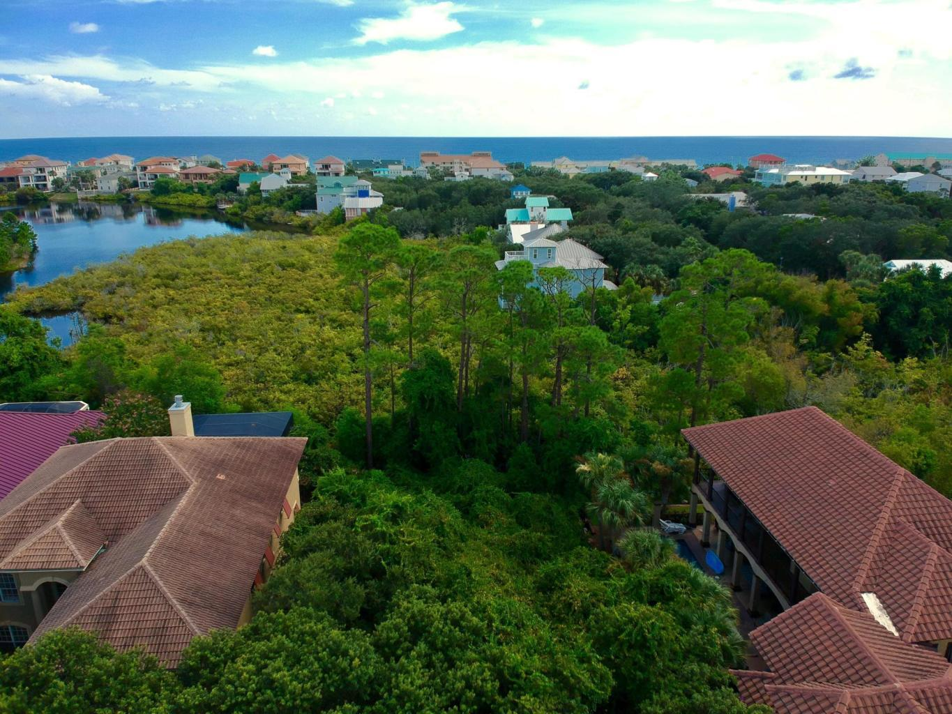 Photo of home for sale at 4600 Paradise, Destin FL