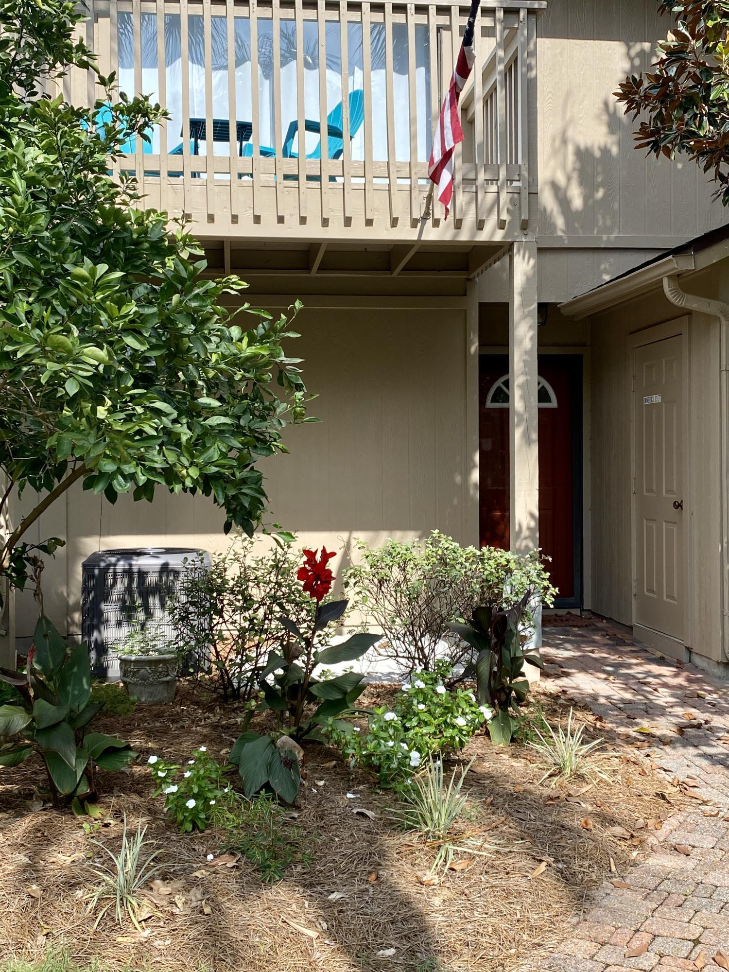 Photo of home for sale at 51 Cypress, Santa Rosa Beach FL