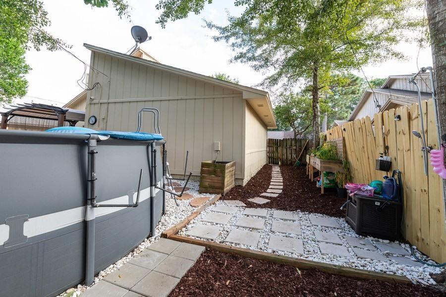 Photo of home for sale at 105 Post Oak, Shalimar FL
