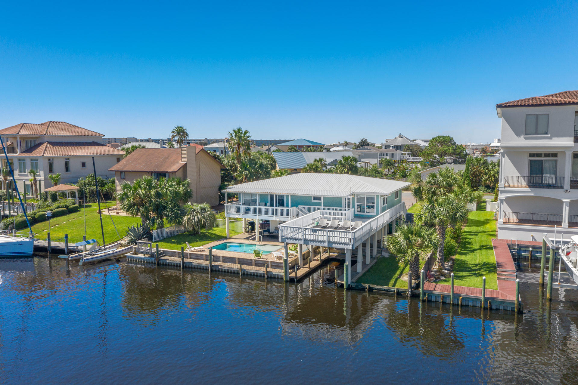 Photo of home for sale at 22 Norriego, Destin FL