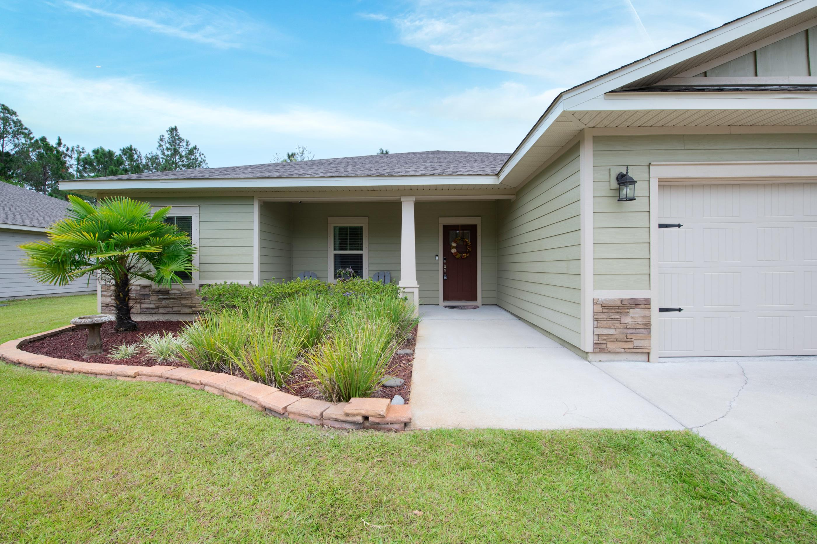 Photo of home for sale at 8257 Verdura, Navarre FL