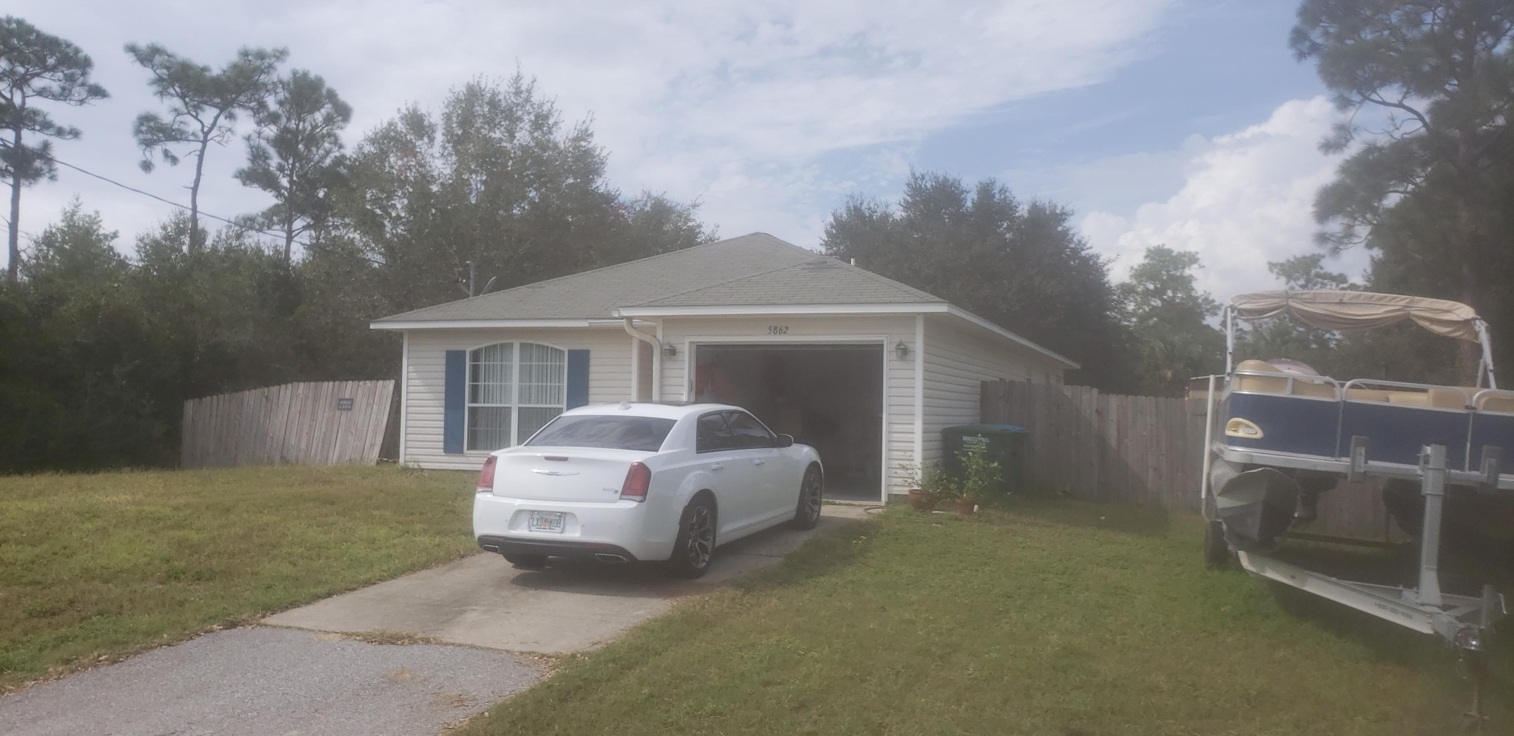 Photo of home for sale at 5862 Congress, Gulf Breeze FL
