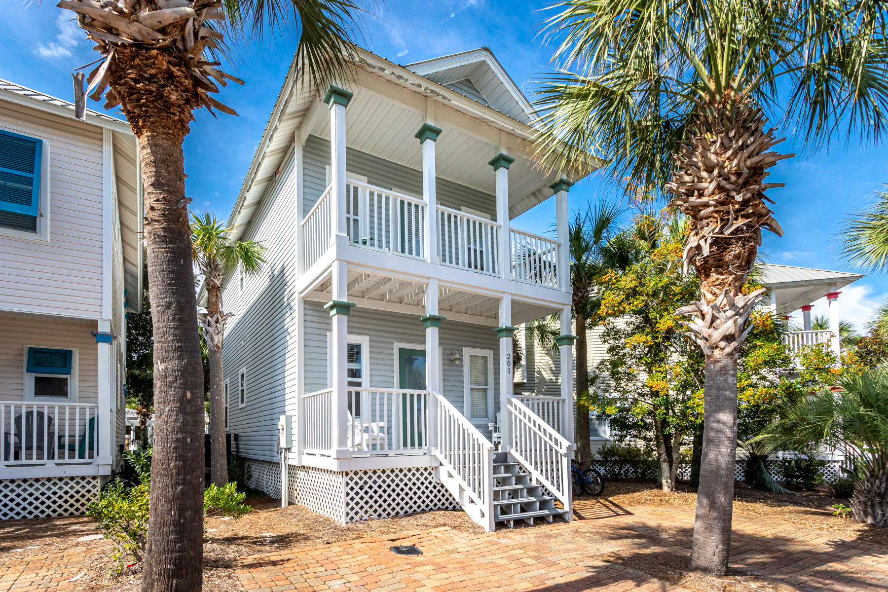 Photo of home for sale at 201 Emerald Dune, Santa Rosa Beach FL