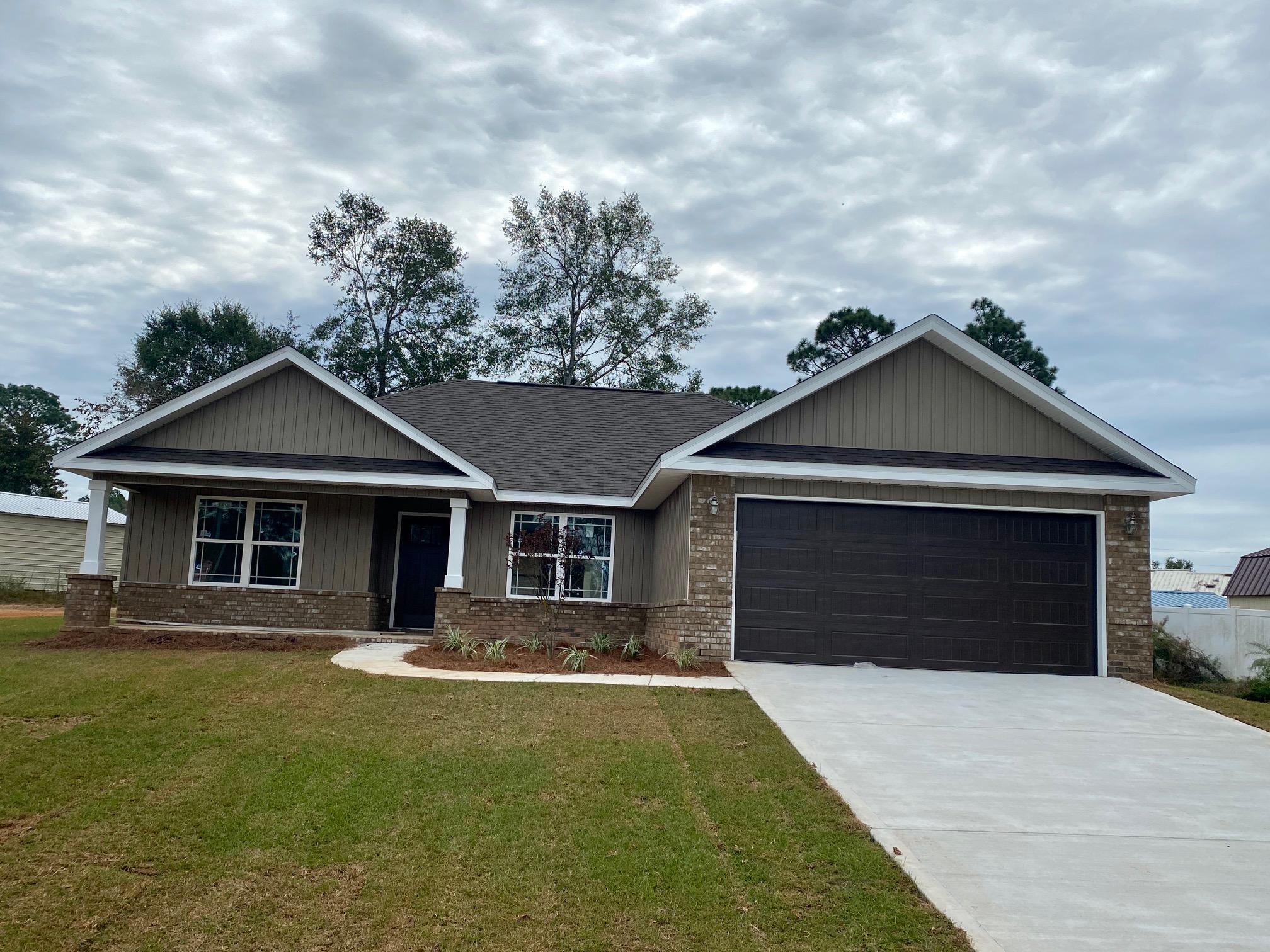 Photo of home for sale at 6177 Peaden, Crestview FL