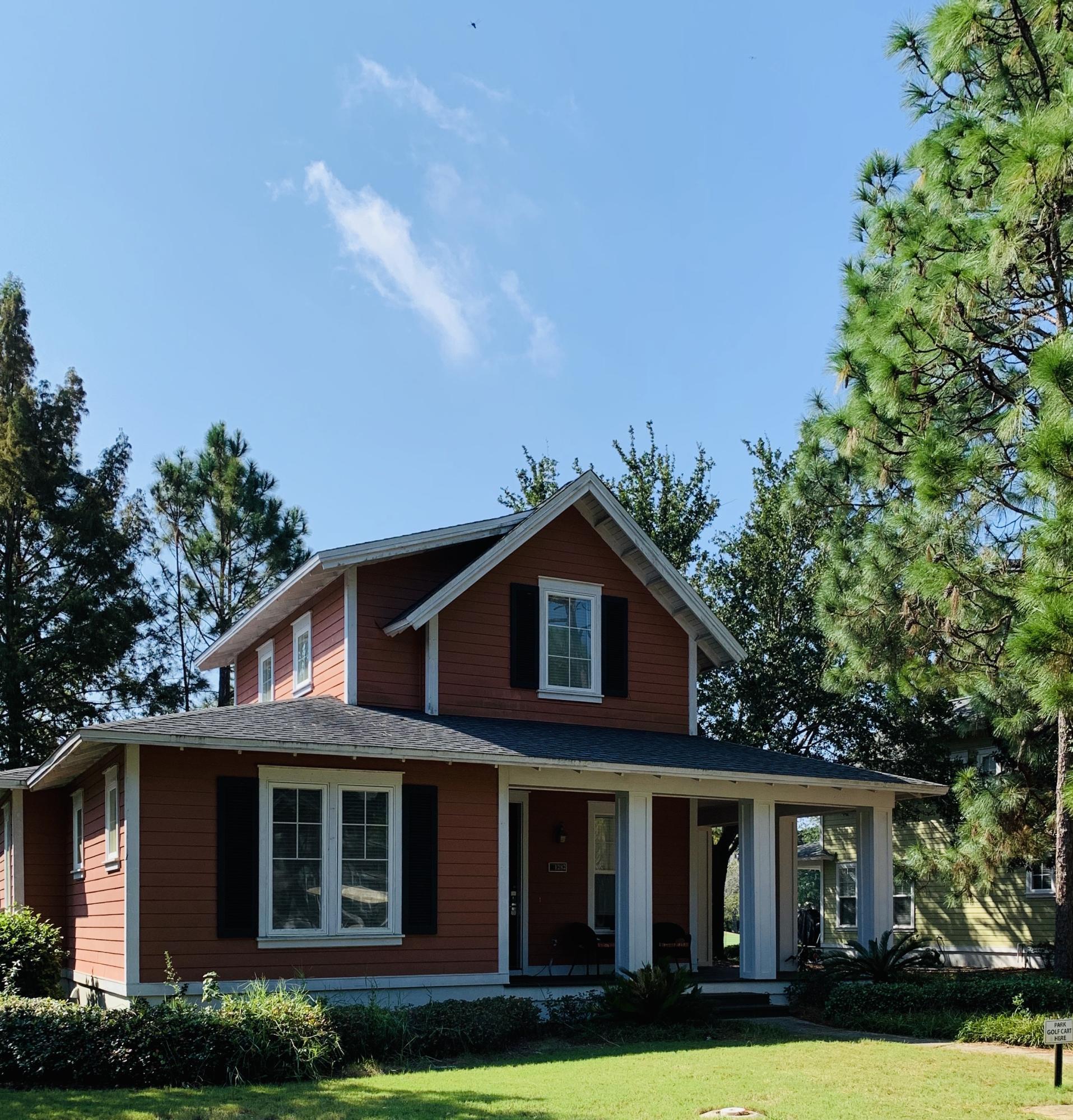 Photo of home for sale at 1282 Laurel, Miramar Beach FL
