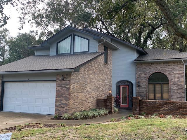 Photo of home for sale at 5 Calle Rio, Mary Esther FL