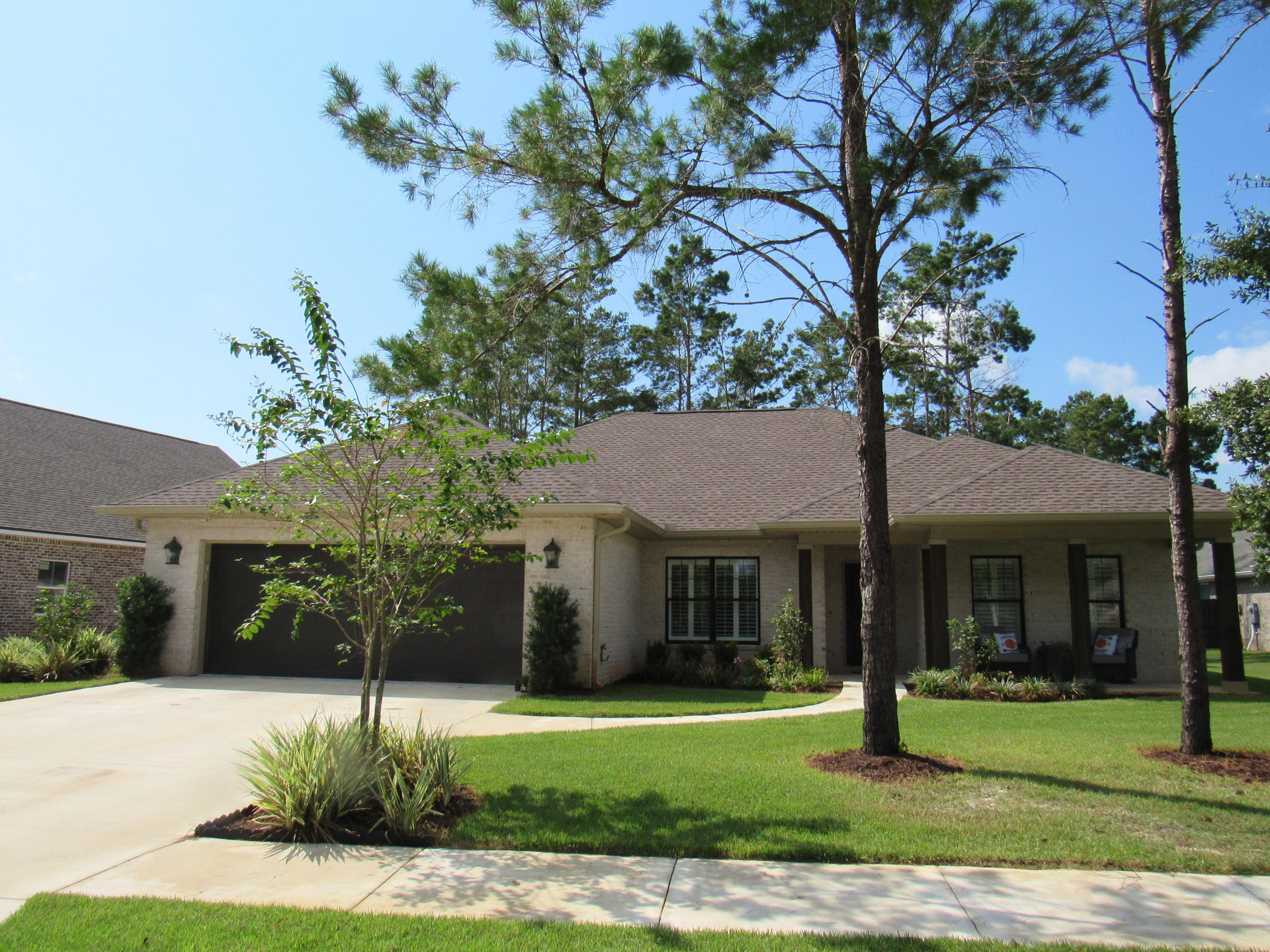 Photo of home for sale at 130 Leap Year, Freeport FL