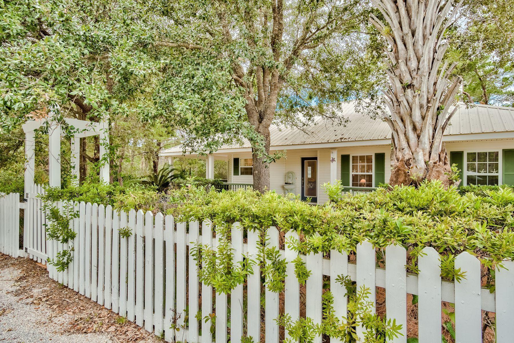 Photo of home for sale at 49 Ash, Santa Rosa Beach FL