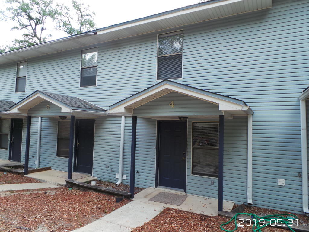 Photo of home for sale at 590 Hill, Niceville FL
